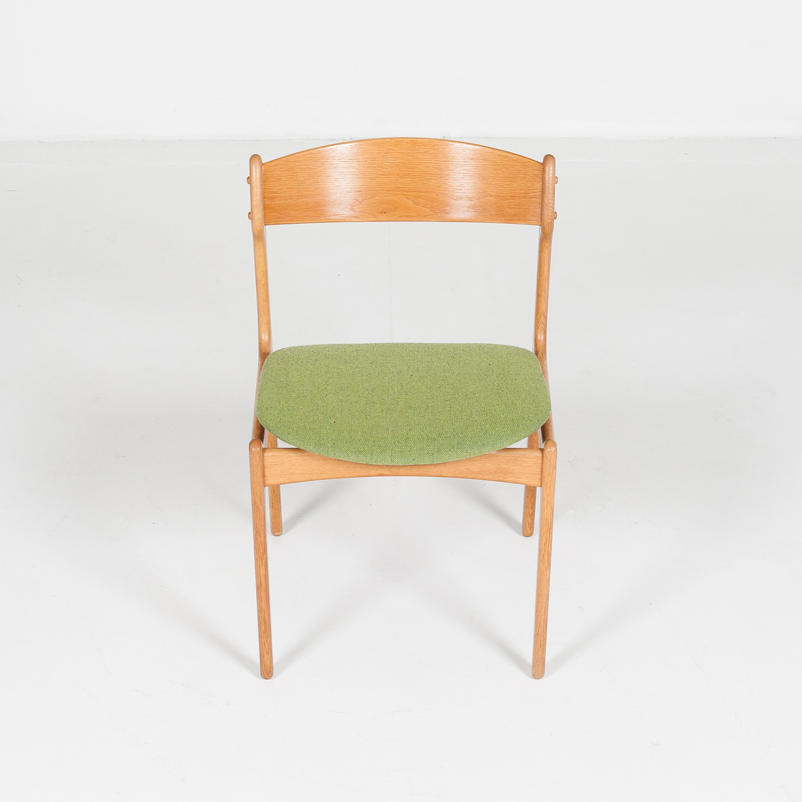 Set Of Four Dining Chairs By Erik Buch For O.d. Mobler In Oak And Green Upholstery, 1960s, Denmark78