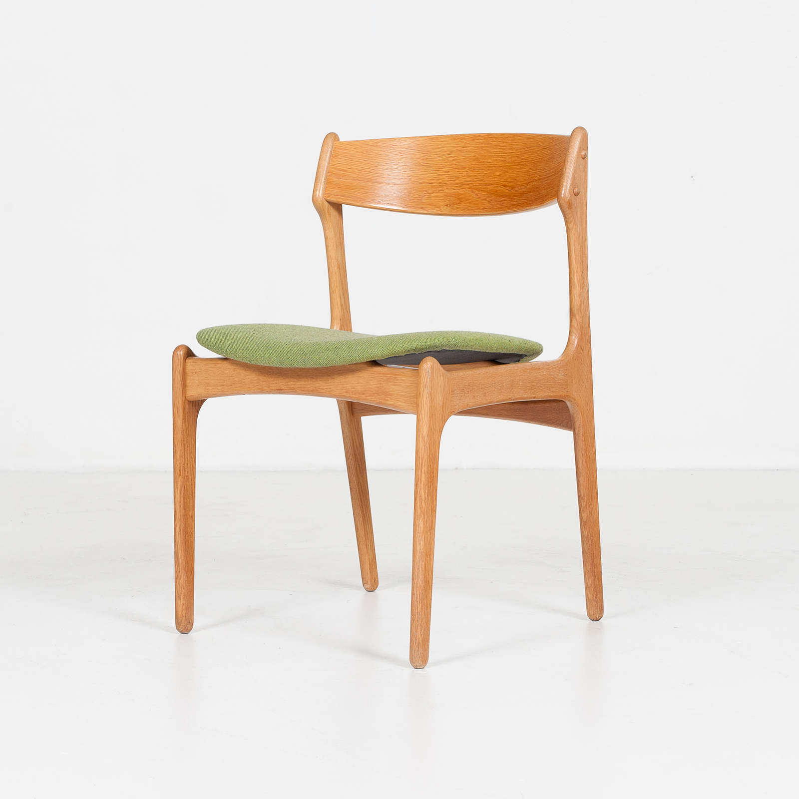 Set Of Four Dining Chairs By Erik Buch For O.d. Mobler In Oak And Green Upholstery, 1960s, Denmark79
