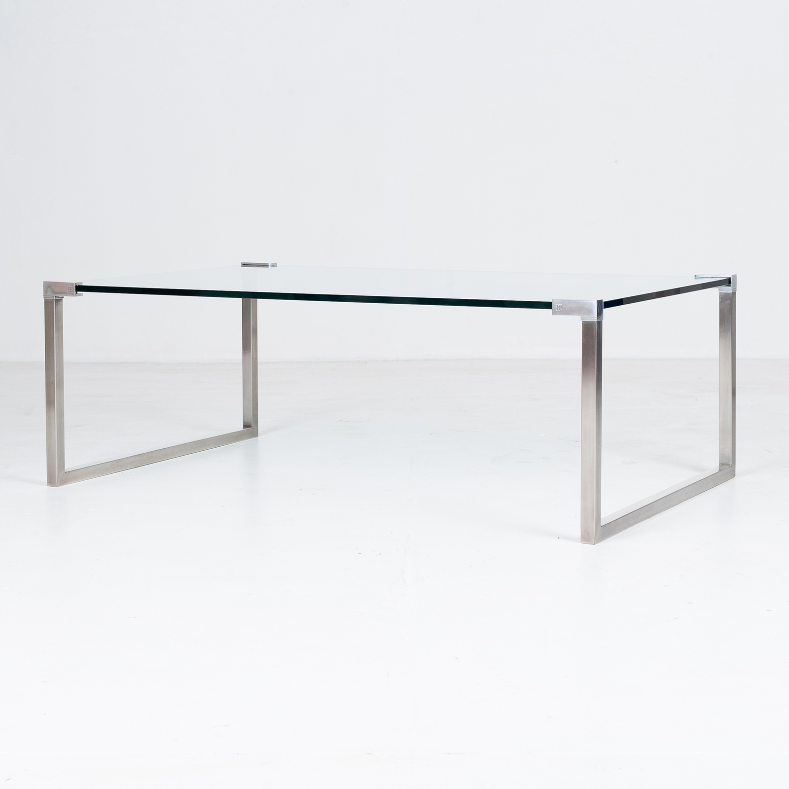 Model T53 Coffee Table By Peter Ghyczy, 1970s, The Netherlands 78
