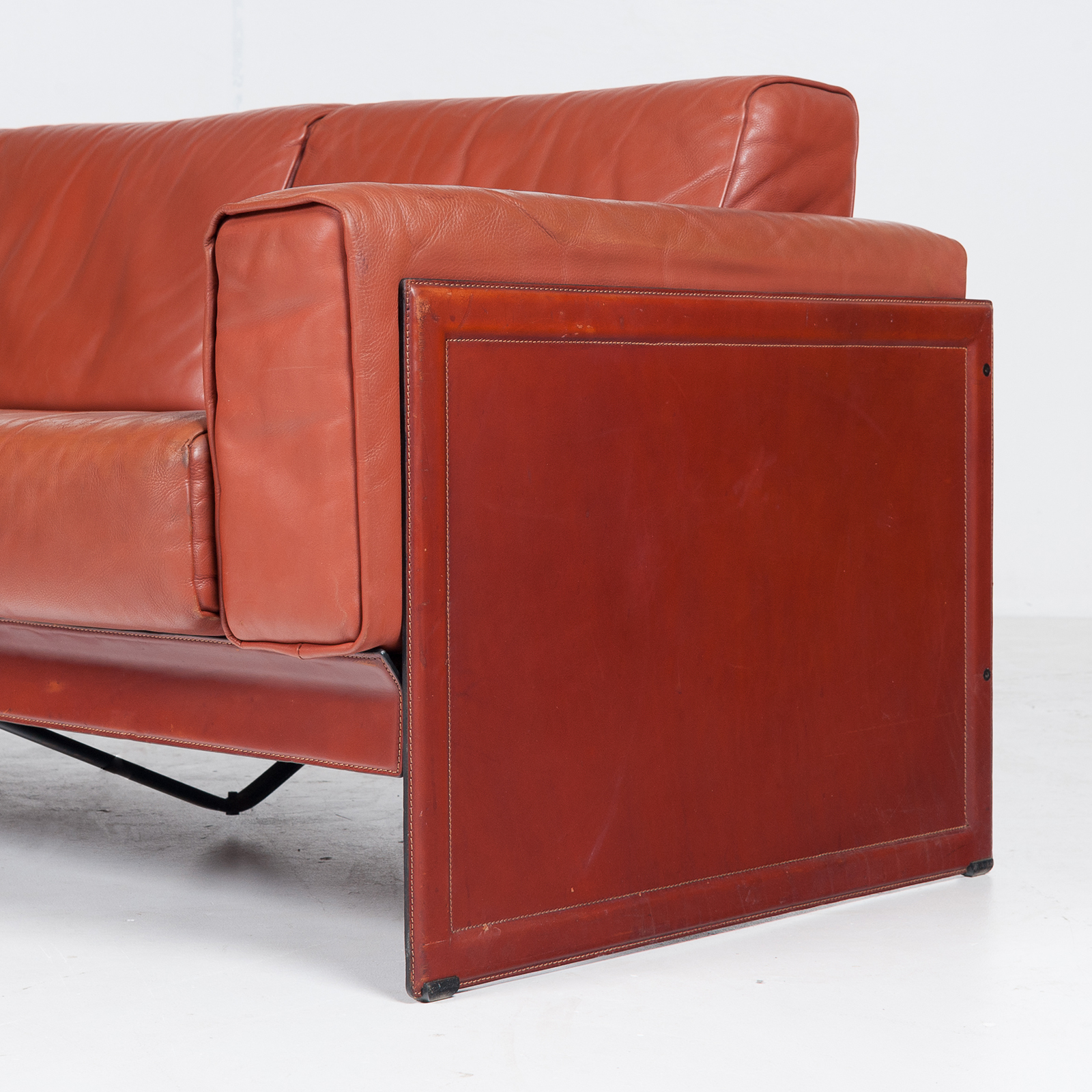 3 Seat Sofa In Leather By Matteo Grassi, 1980s, Italy53