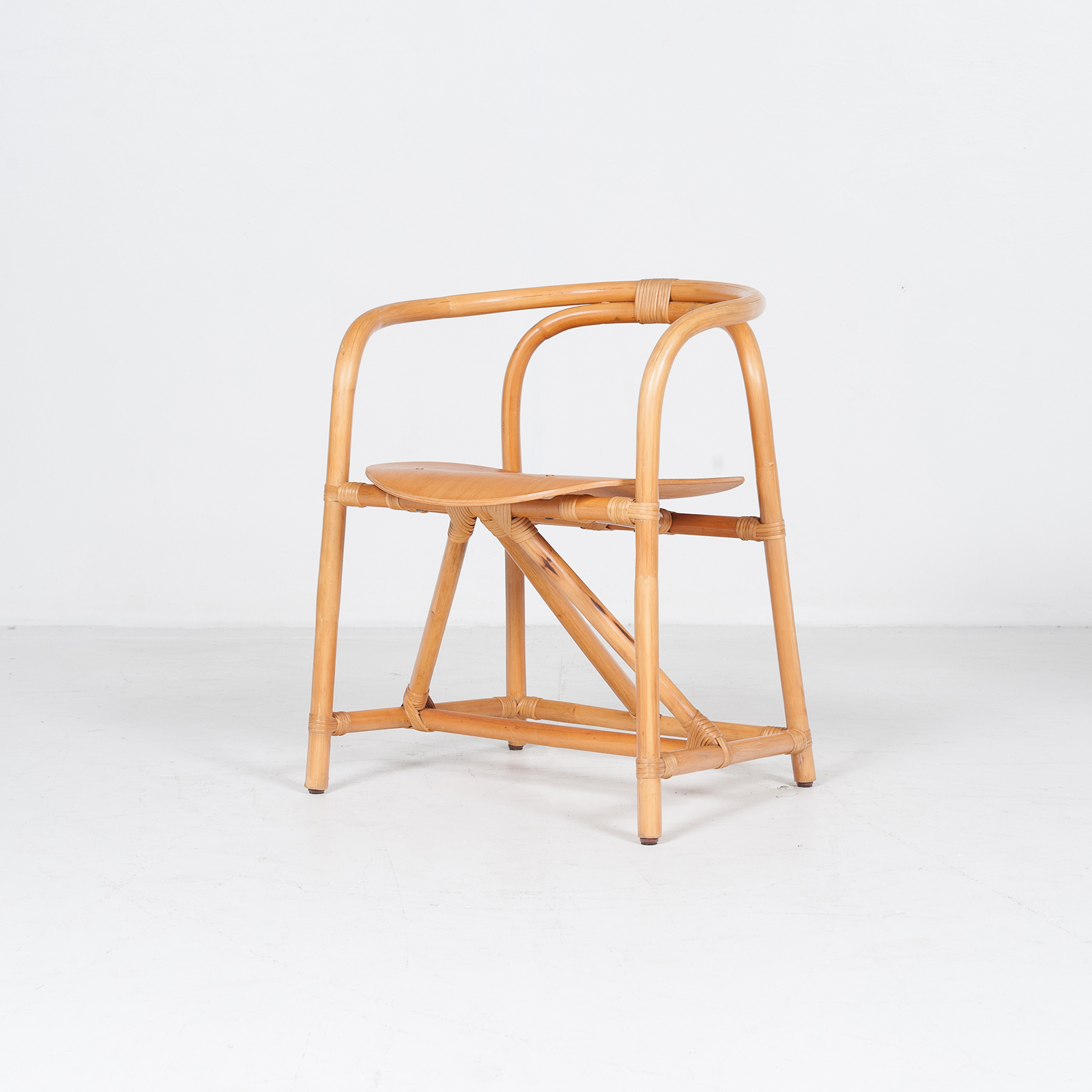 Desk And Chair In Bamboo (mt De 194 705 It)28