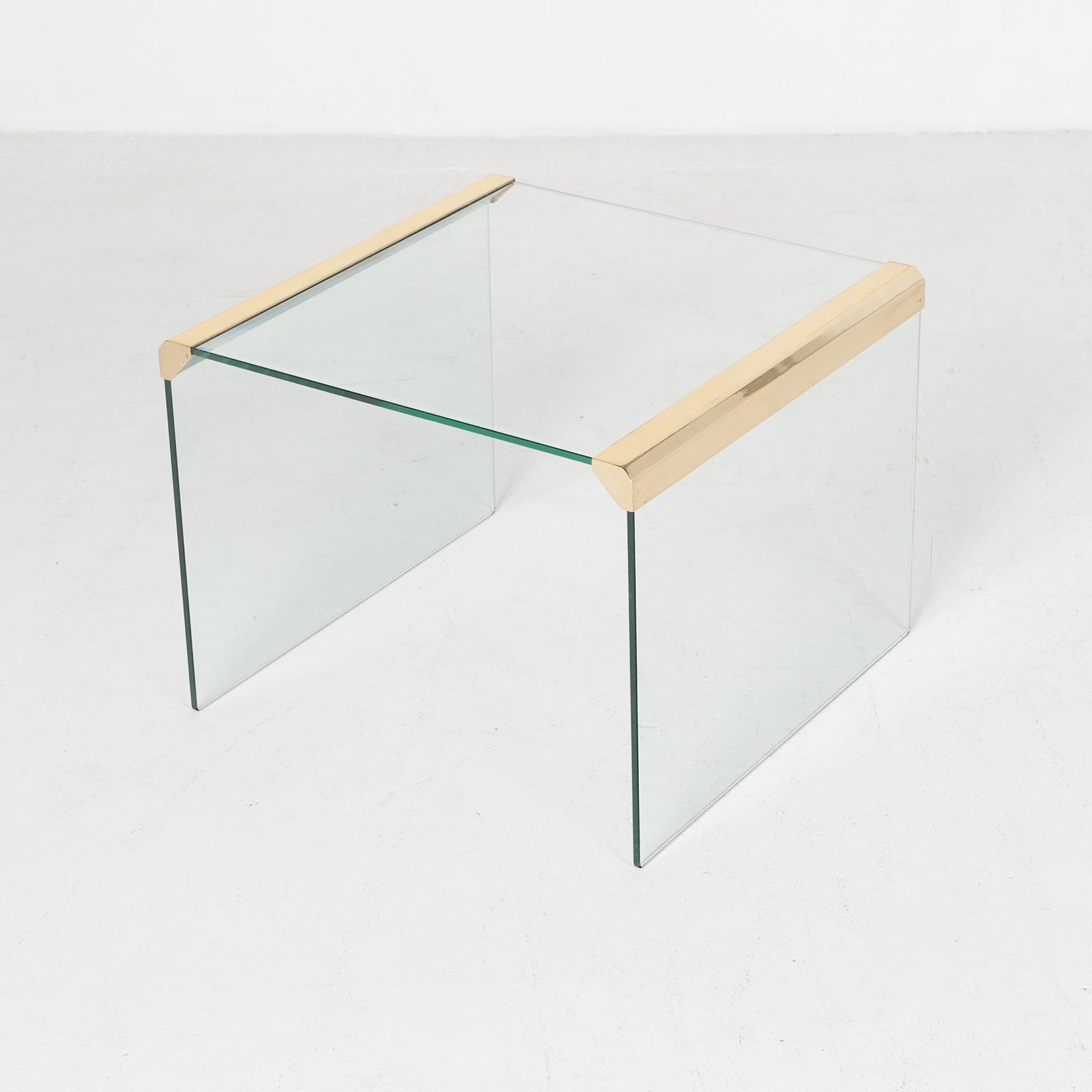 Waterfall Side Table By Pace In Glass And Anodised Brass, 1970s, United States900