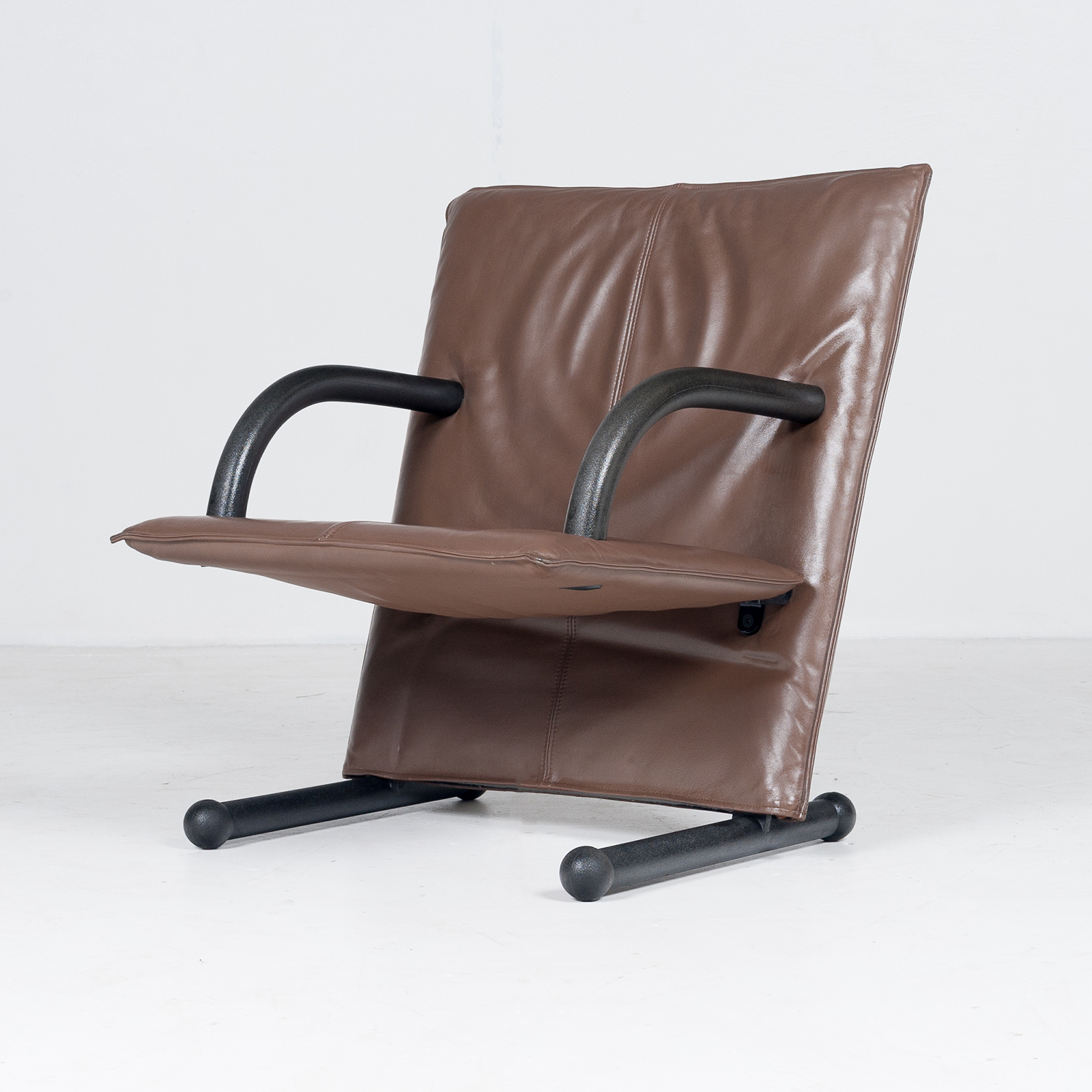 Model T Line Chair In By Burkhard Vogtherr For Arflex In Brown Leather, 1980s, Italy67