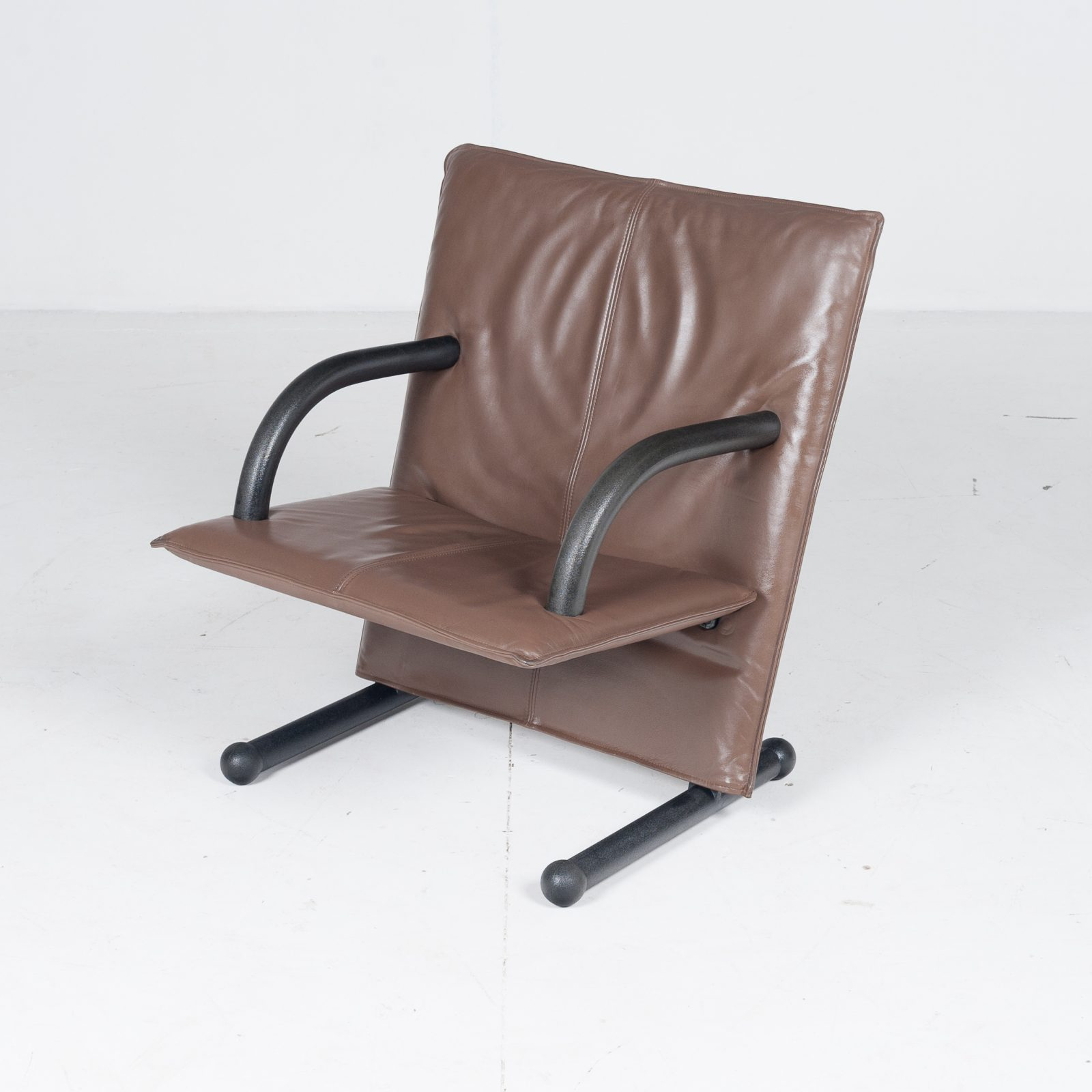 Model T Line Chair In By Burkhard Vogtherr For Arflex In Brown Leather, 1980s, Italy68