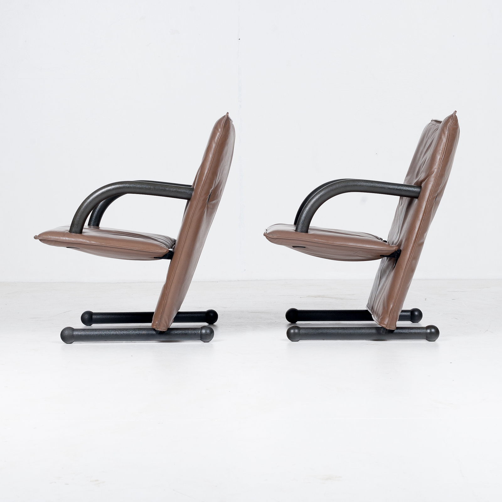 Model T Line Chair In By Burkhard Vogtherr For Arflex In Brown Leather, 1980s, Italy75
