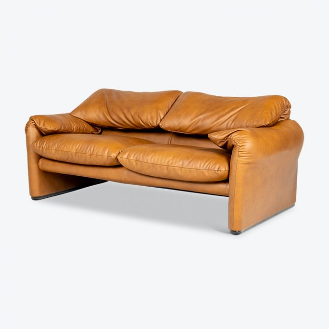 2 Seat Maralunga Sofa Vico Magistretti For Cassina In Tan Leather, 1970s, Italy Thumb
