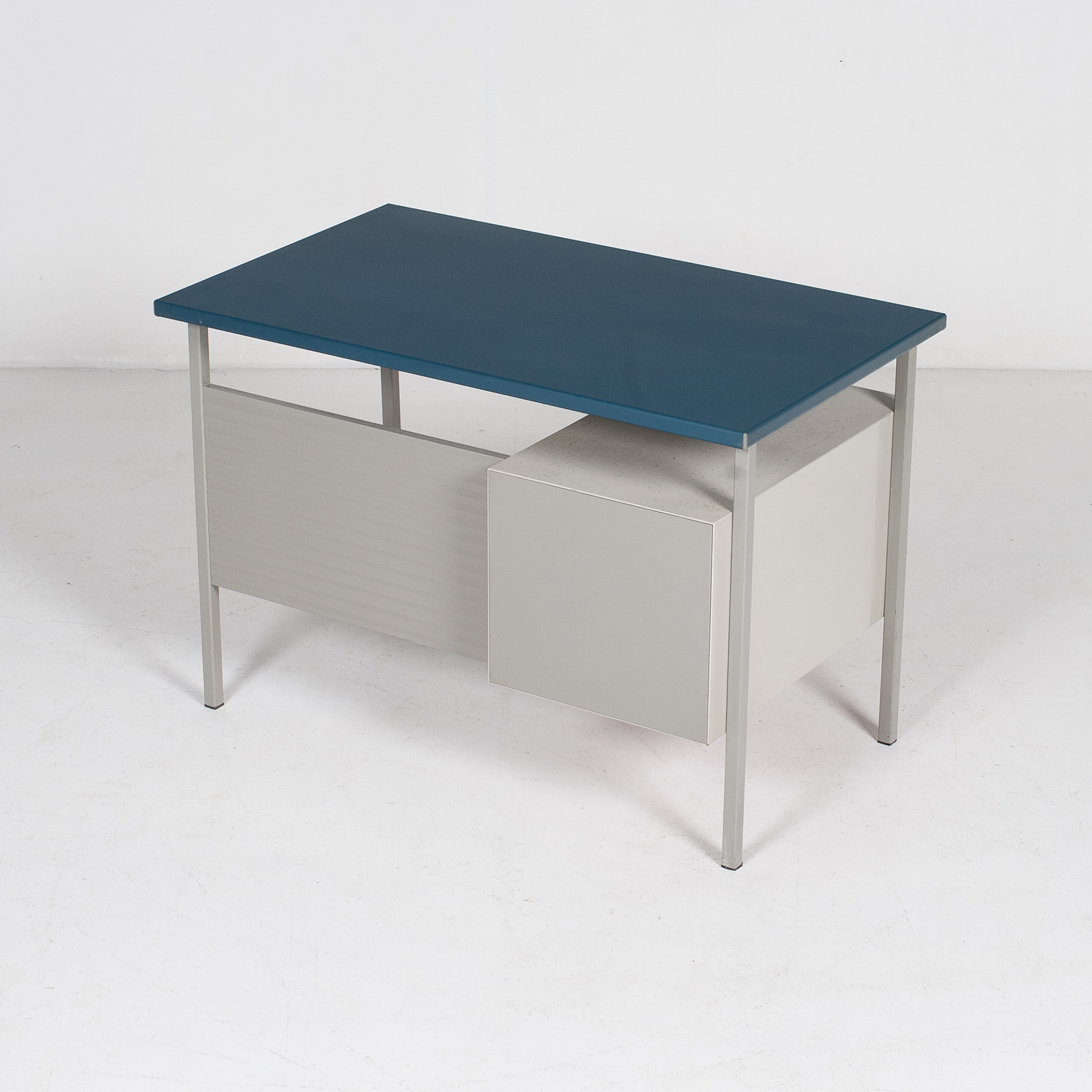 3803 Industrial Desk By Andre Cordemeyer For Gispen With Blue Vinyl Top And Red Enamelled Drawers, 1950s, The Netherlands 51