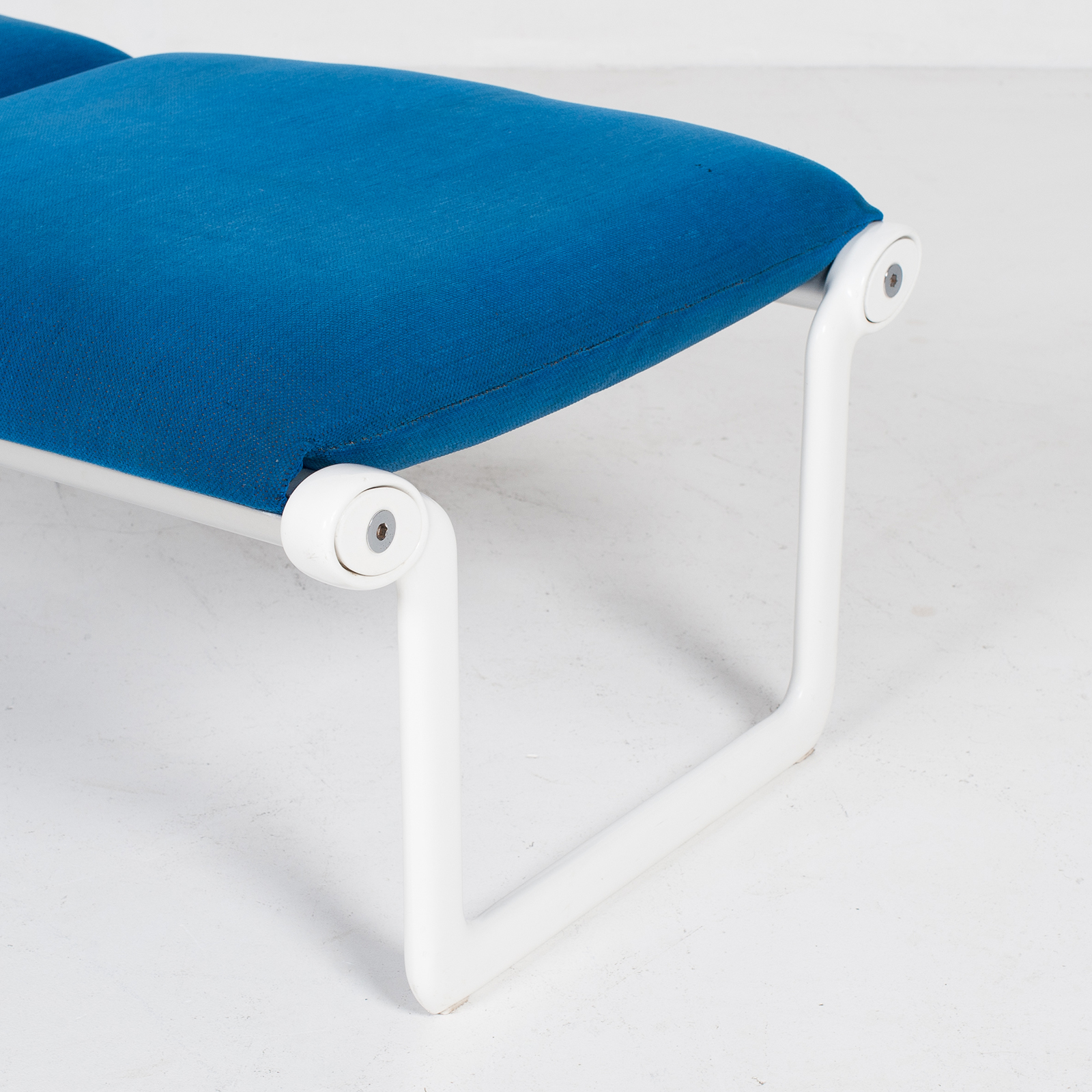 Bench By Bruce Hannah And Andrew Morrison For Knoll With Blue Upholstery, 1960s, United States 4