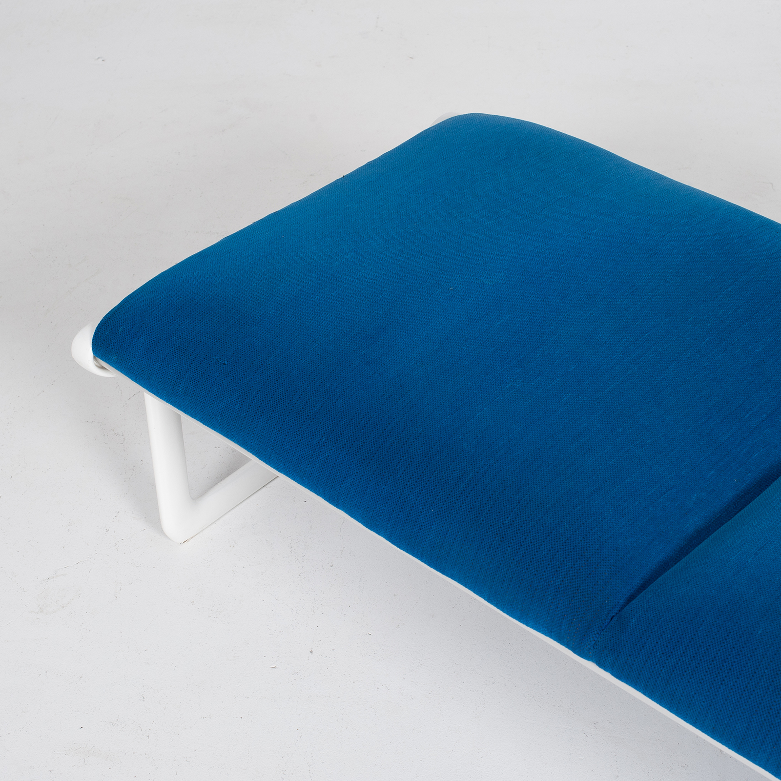 Bench By Bruce Hannah And Andrew Morrison For Knoll With Blue Upholstery, 1960s, United States 5