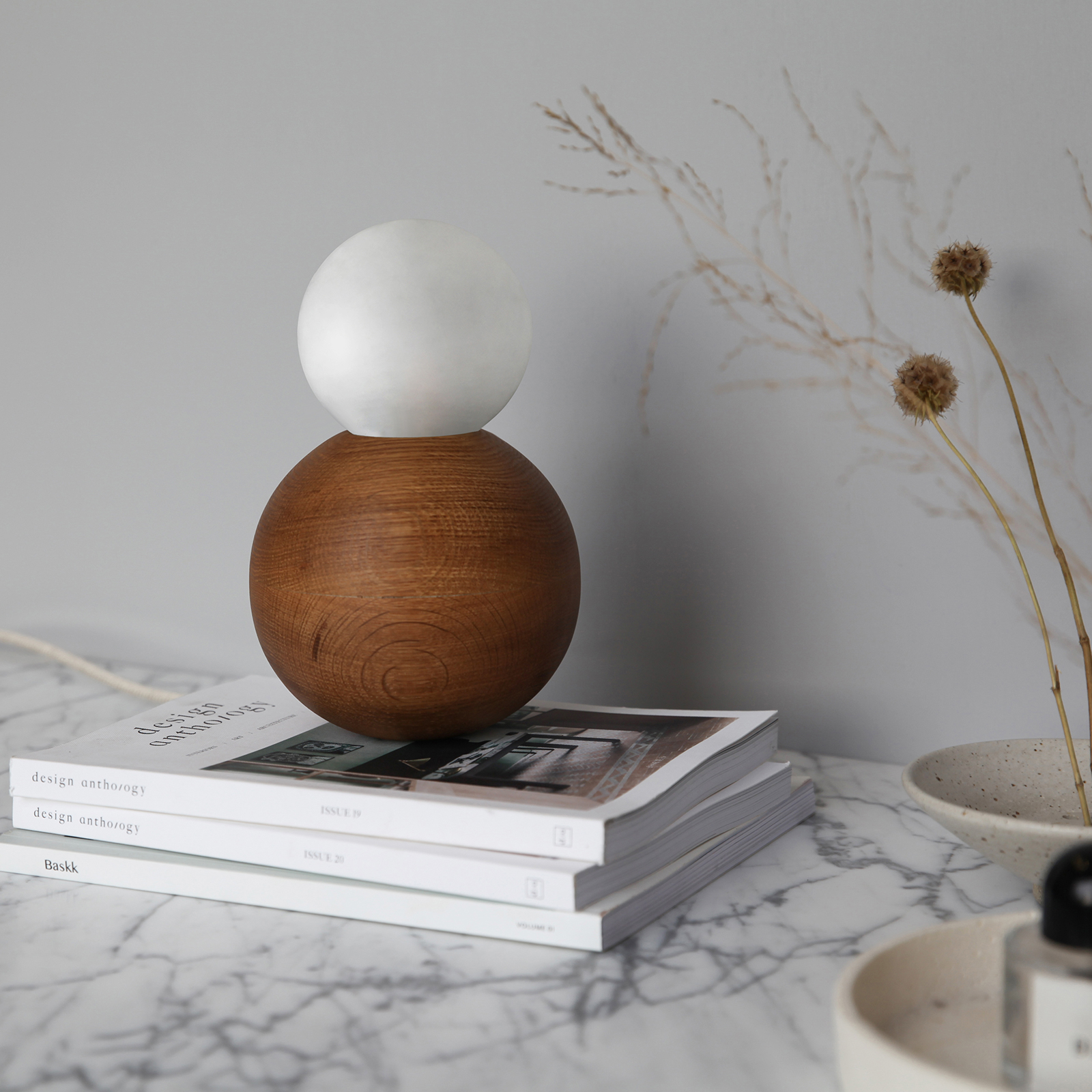 Sphere Table Marz Styled2