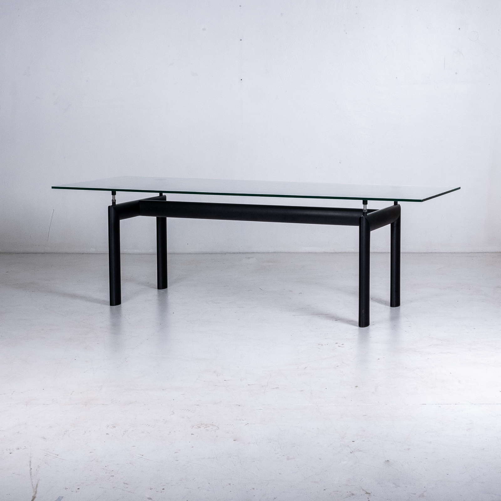 Model Lc6 Dining Table By Le Corbusier For Cassina, 1928 00014