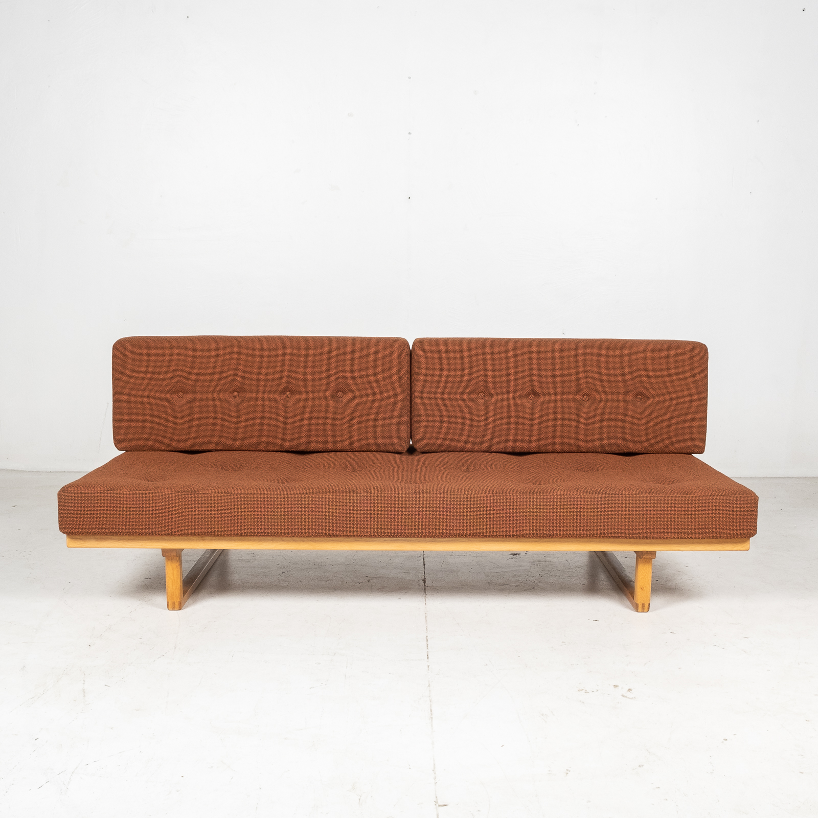 Model 4312 Daybed By Borge Mogensen For Fredericia Stolefabrik In Oak And New Kvadrat Wool Upholstery, Denmark, 1950s1