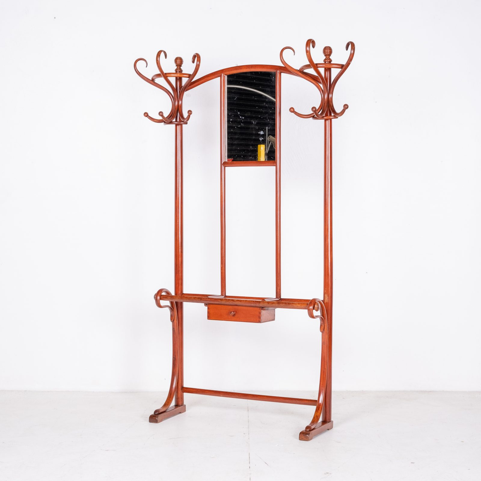Model No. 4 Coat Stand By Michael Thonet For Thonet, Vienna, 1910 Oh