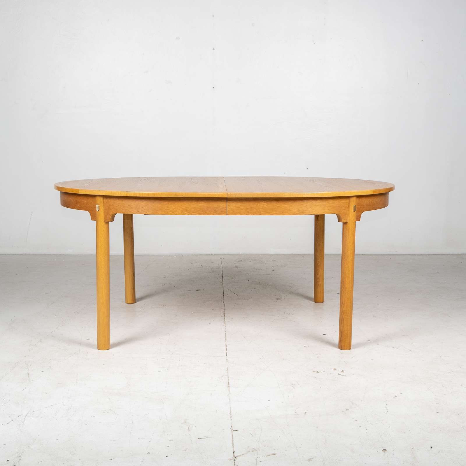 Oresund Round Dining Table By Borge Mogensen For Karl Andersson & Soner In Oak With One Extension Leaf, 1960s, Denmark1