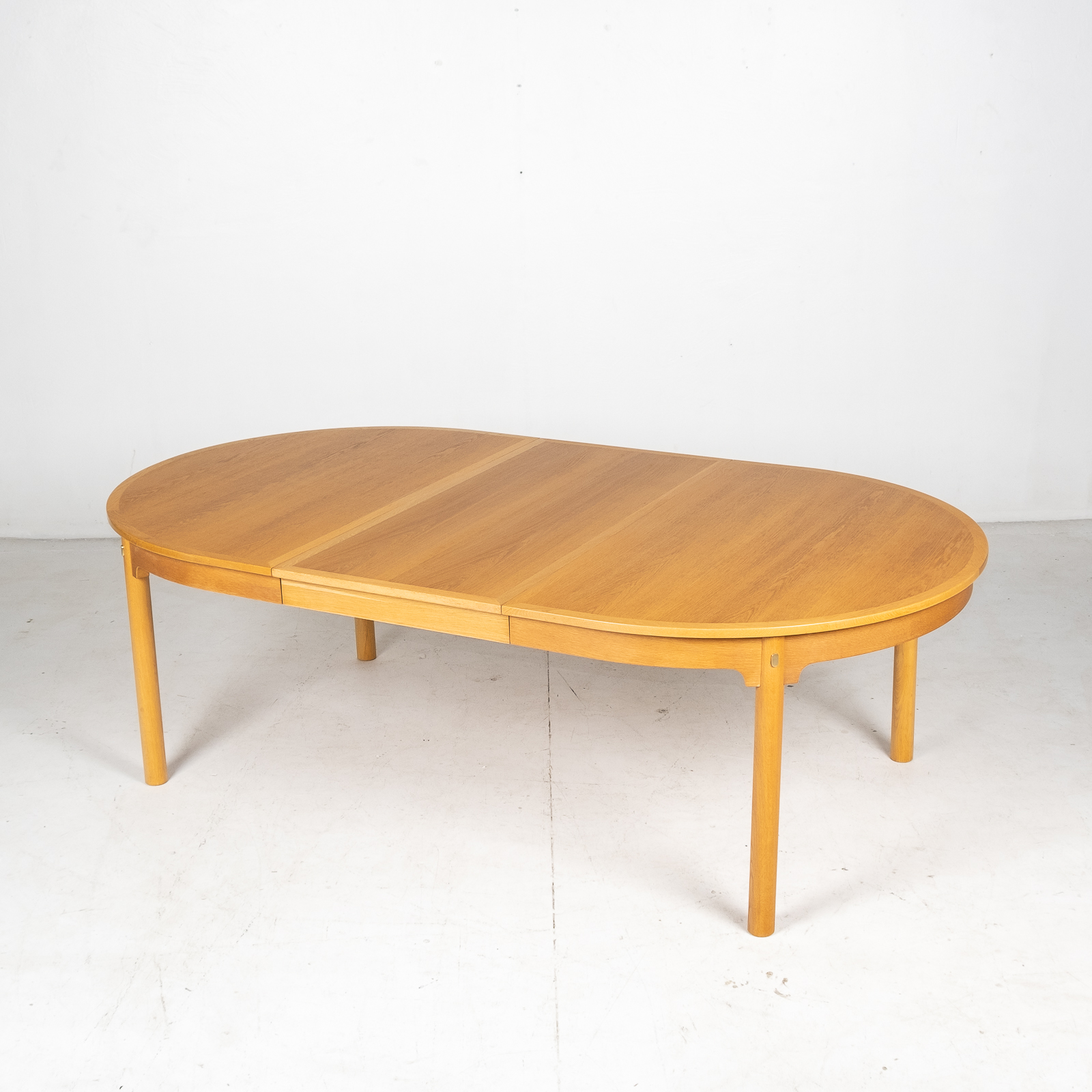 Oresund Round Dining Table By Borge Mogensen For Karl Andersson & Soner In Oak With One Extension Leaf, 1960s, Denmark2