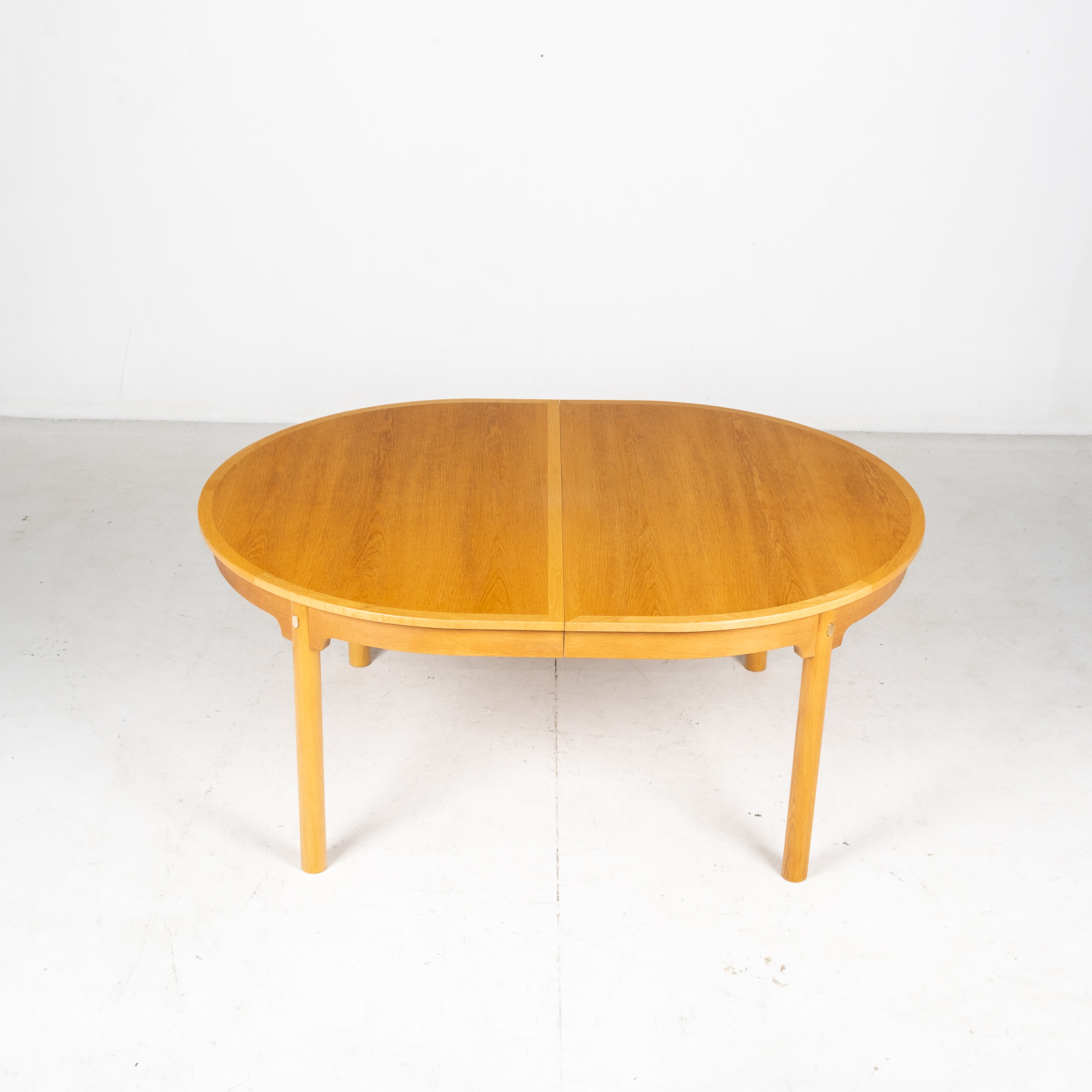 Oresund Round Dining Table By Borge Mogensen For Karl Andersson & Soner In Oak With One Extension Leaf, 1960s, Denmark6