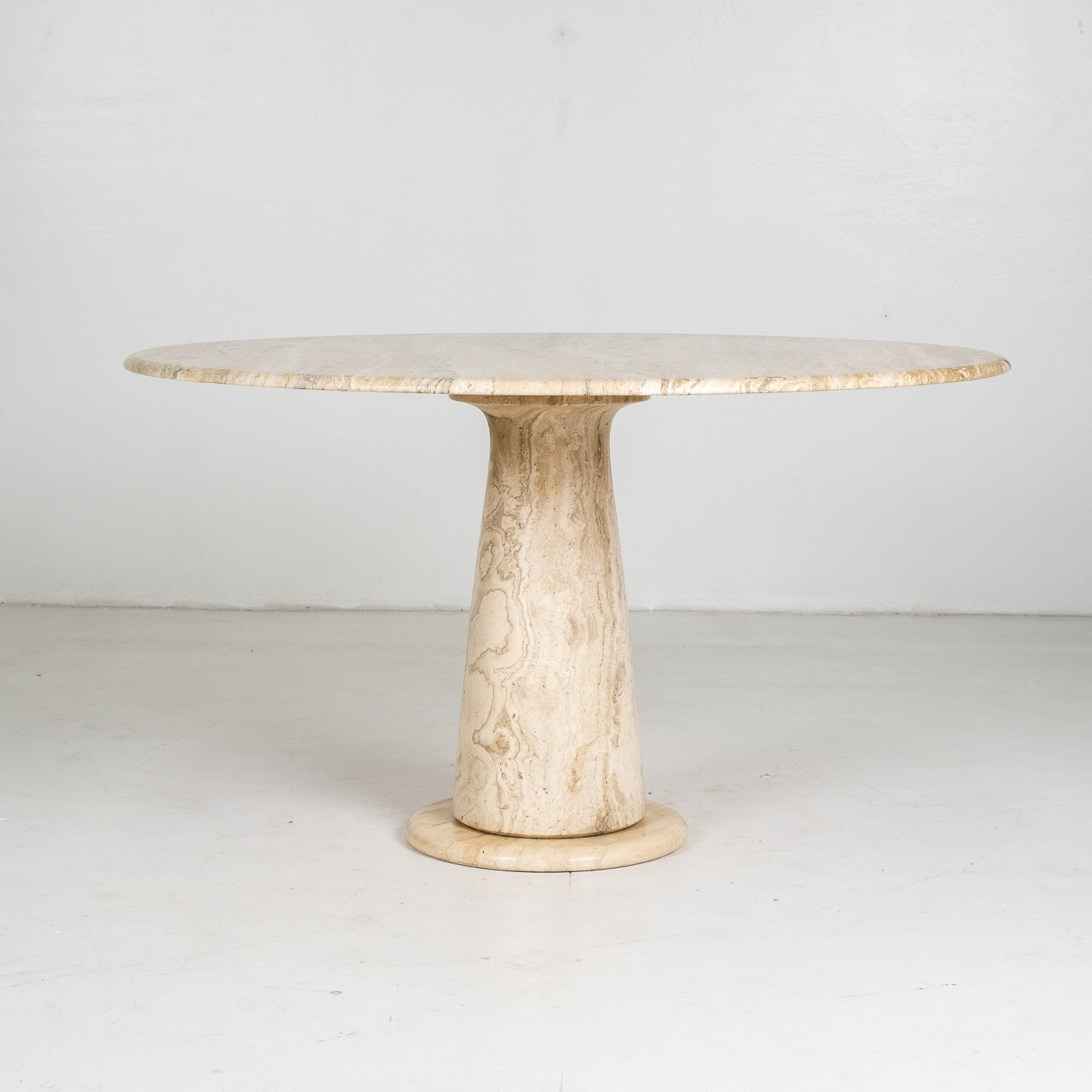Round Travertine Dining Table In The Style Of The M1 By Angelo Mangiarotti, 1980s, Italy 75