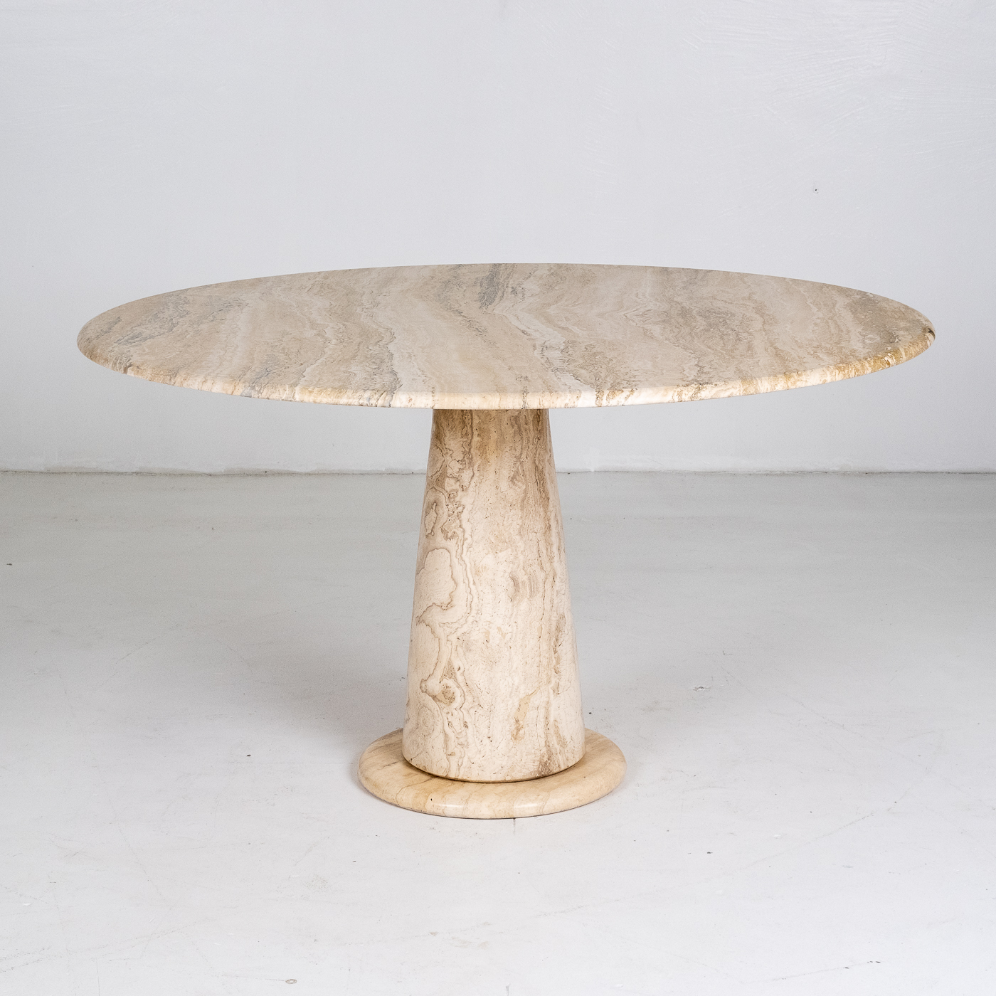Round Travertine Dining Table In The Style Of The M1 By Angelo Mangiarotti, 1980s, Italy 76