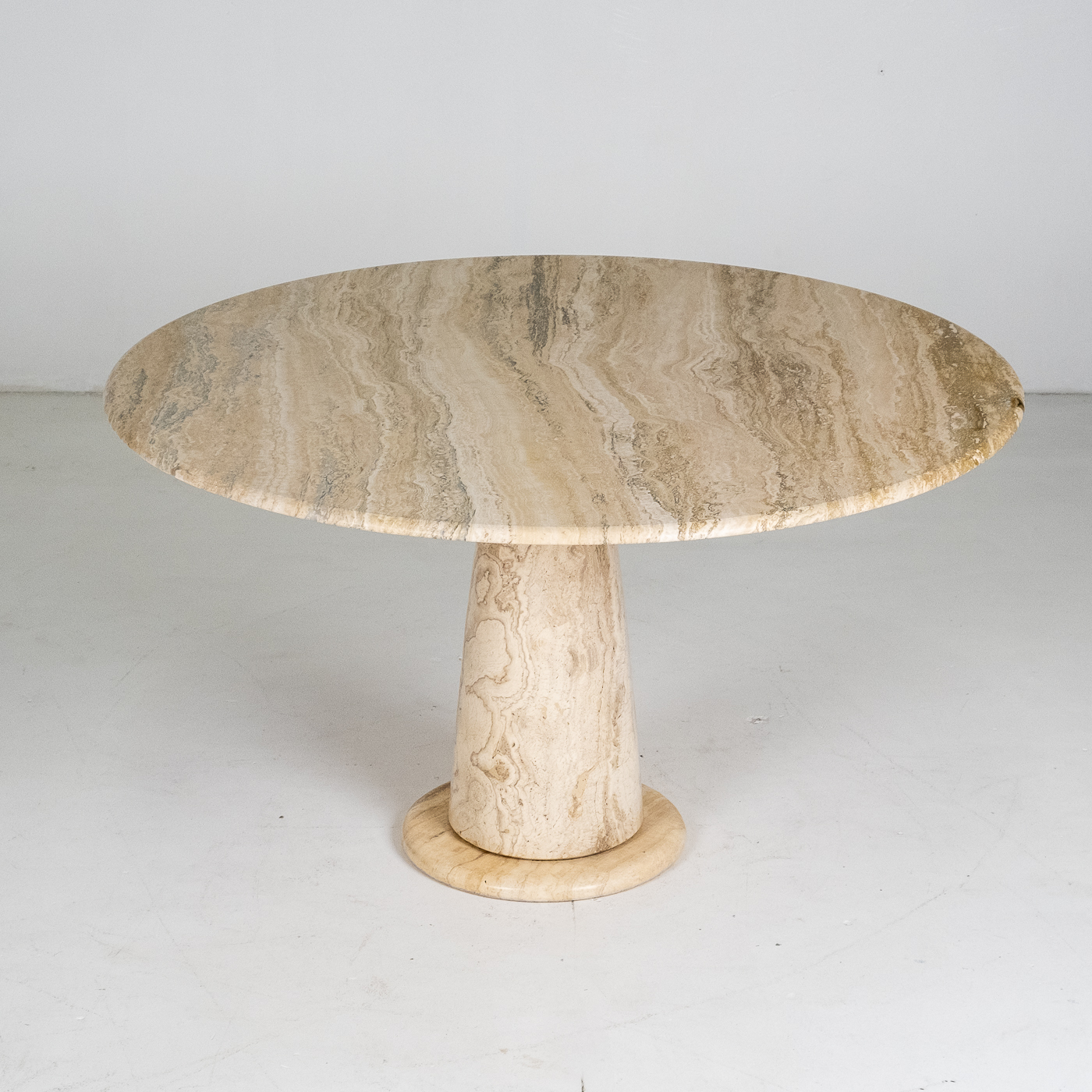 Round Travertine Dining Table In The Style Of The M1 By Angelo Mangiarotti, 1980s, Italy 78