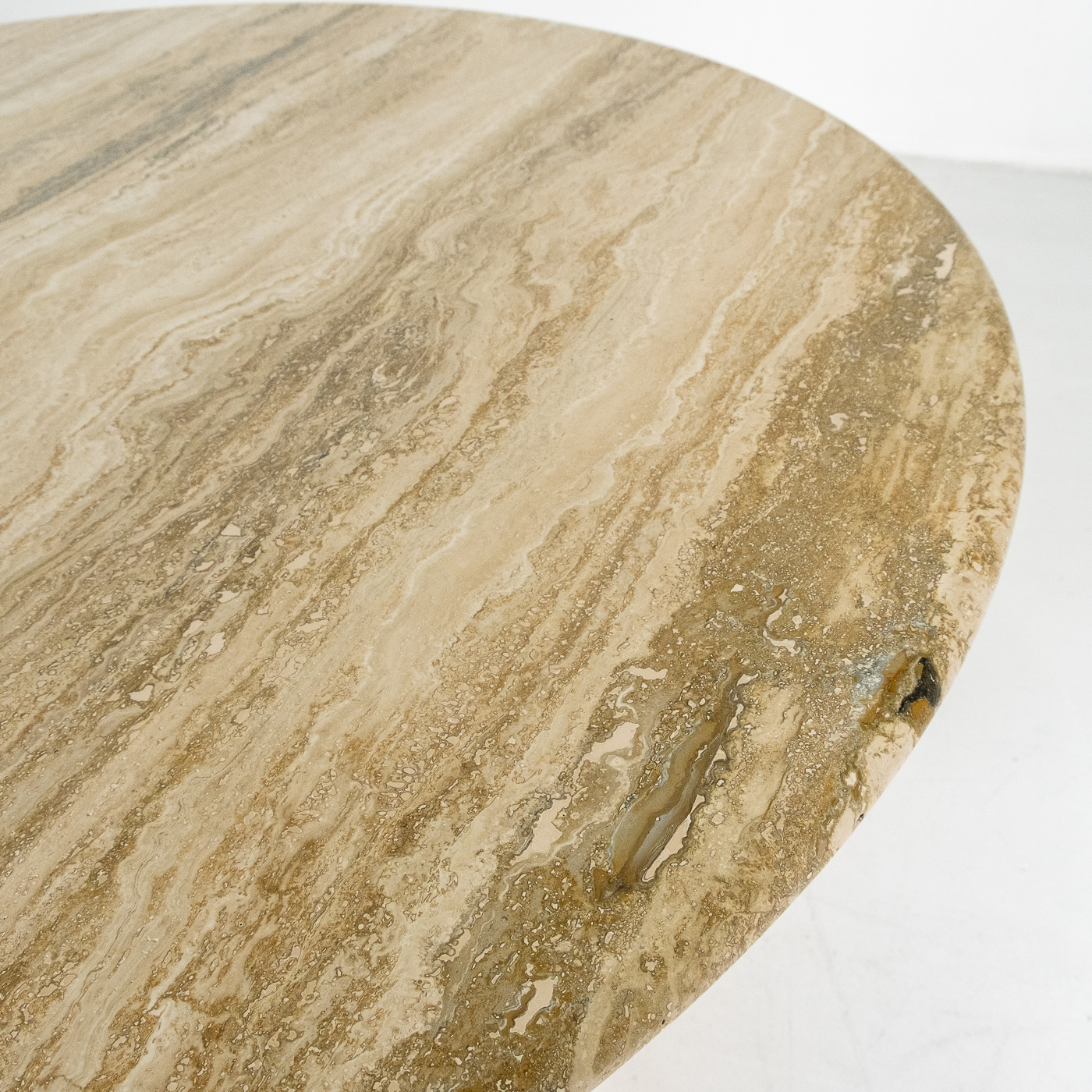 Round Travertine Dining Table In The Style Of The M1 By Angelo Mangiarotti, 1980s, Italy 82