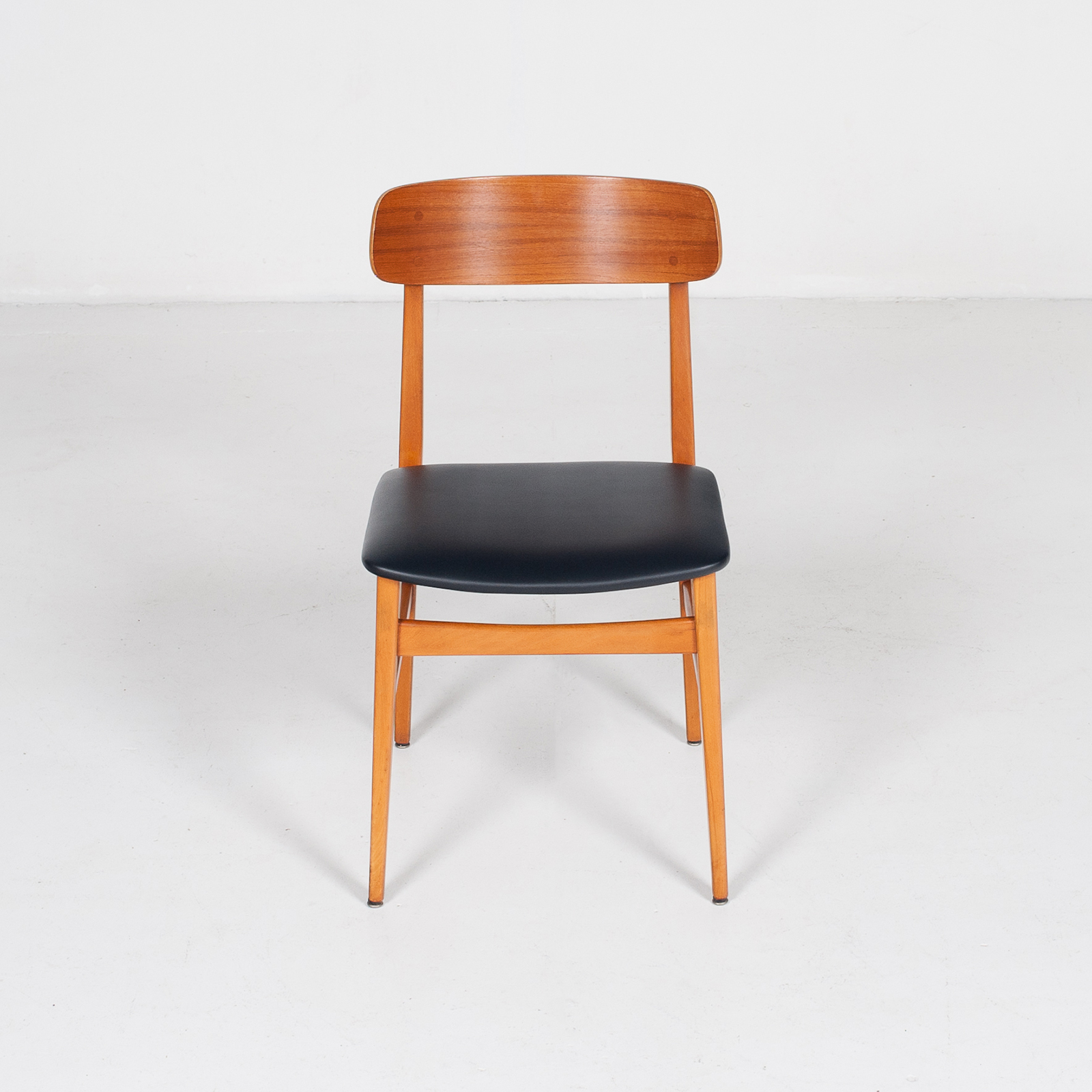 Set Of 4 Dining Chairs In Teak And Beech, 1960s, Denmark2