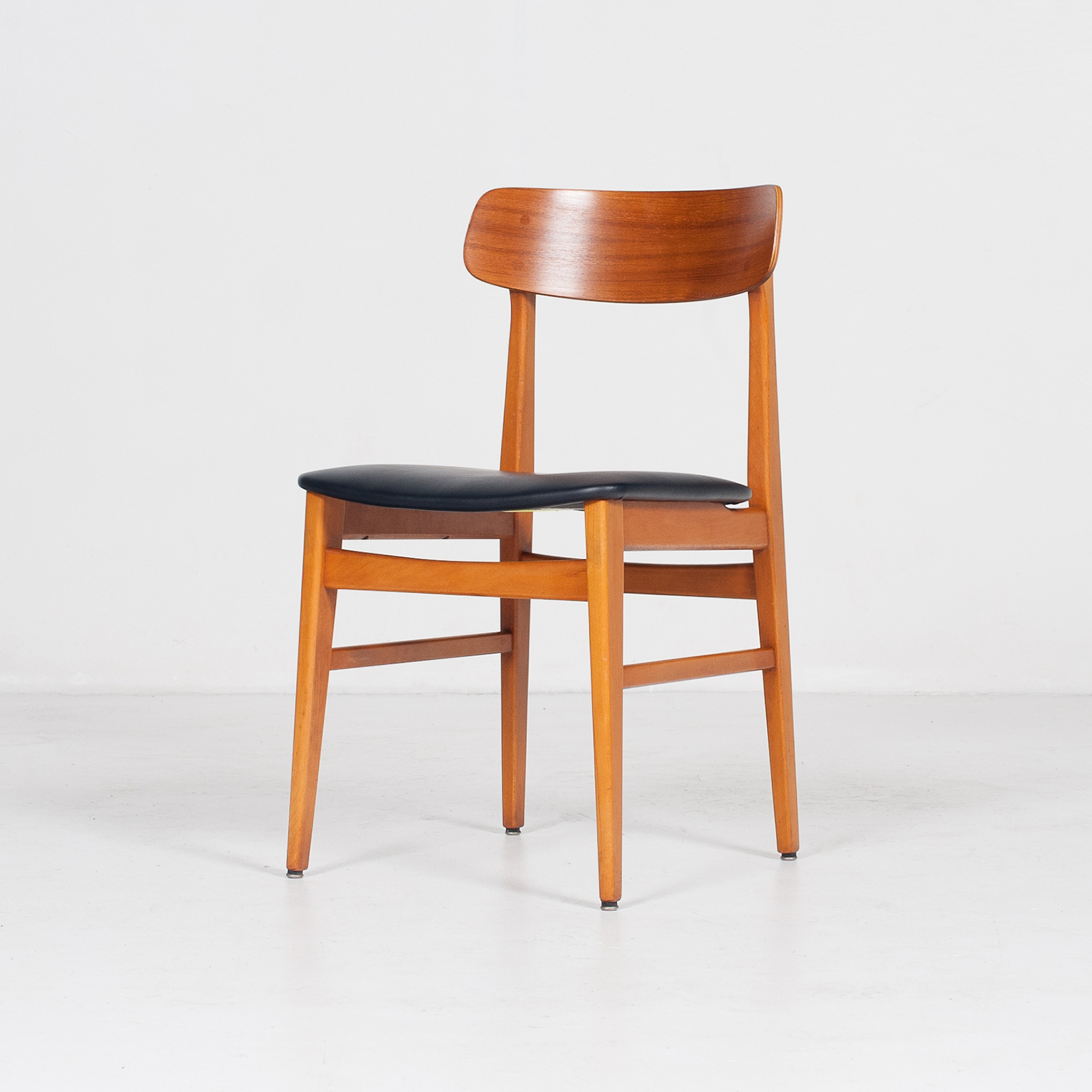Set Of 4 Dining Chairs In Teak And Beech, 1960s, Denmark5