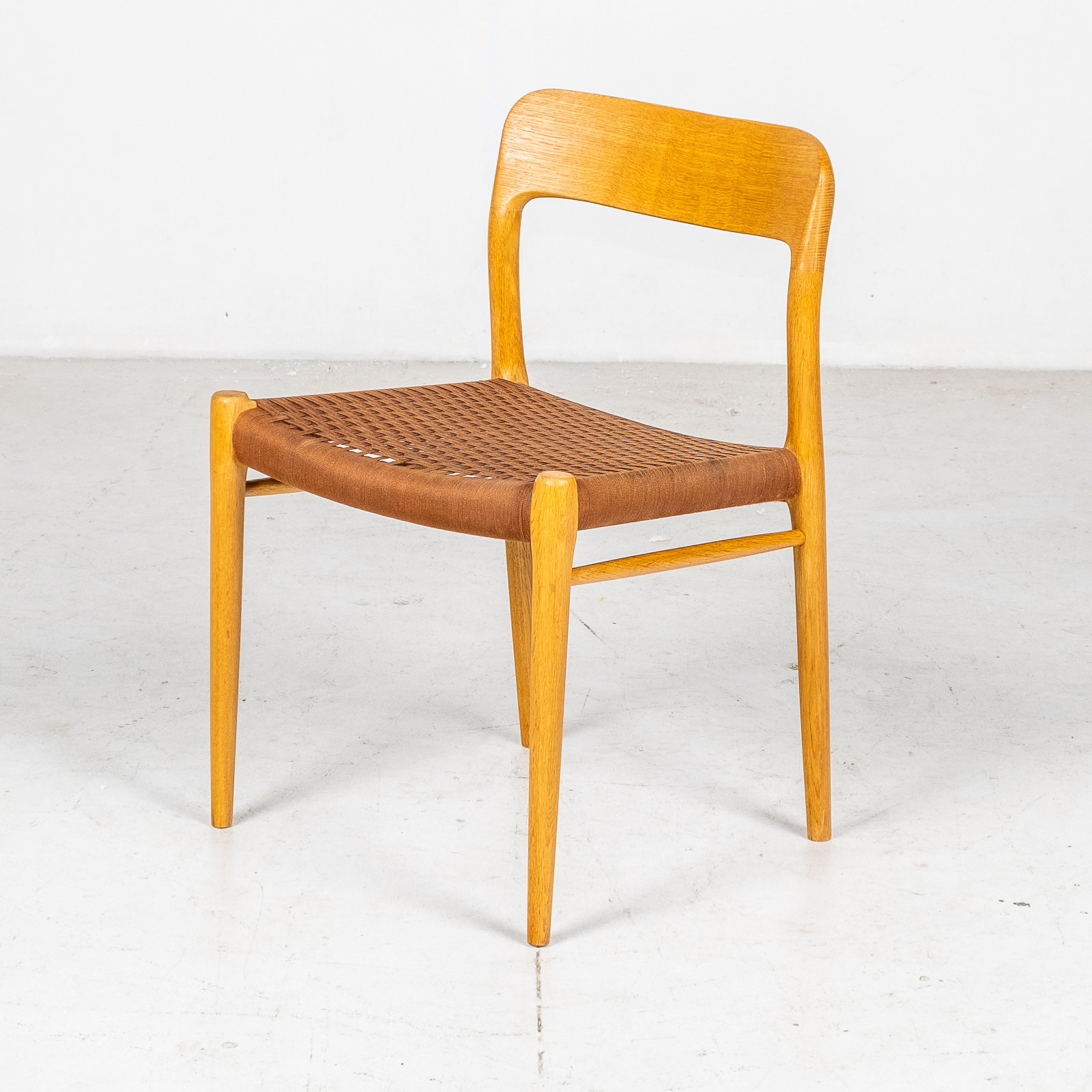 Set Of 6 Model 75 Dining Chairs By Neils Moller For J. L. Moller Mobelfabrik In Oak With Wool Cord, 1960s, Denmark8