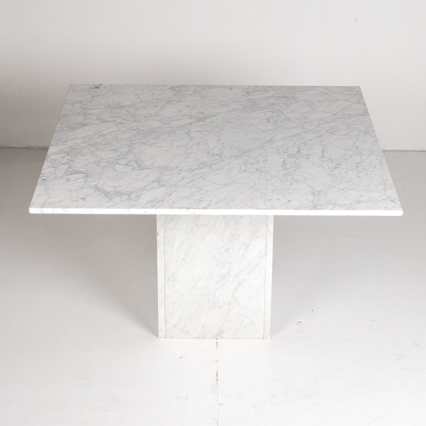 Square Dining Table In White Carrara Marble, Italy, 1980s 598