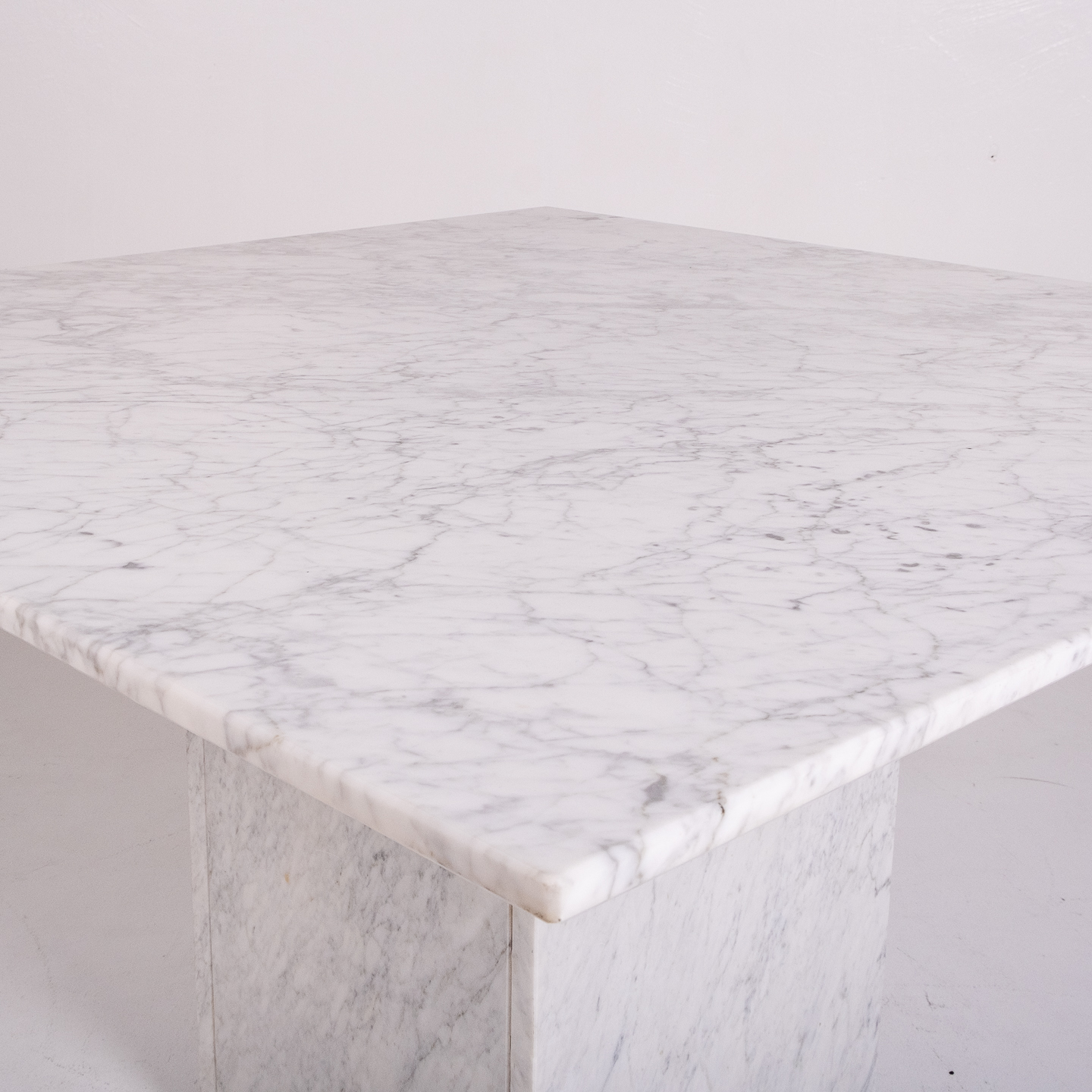 Square Dining Table In White Carrara Marble, Italy, 1980s 617