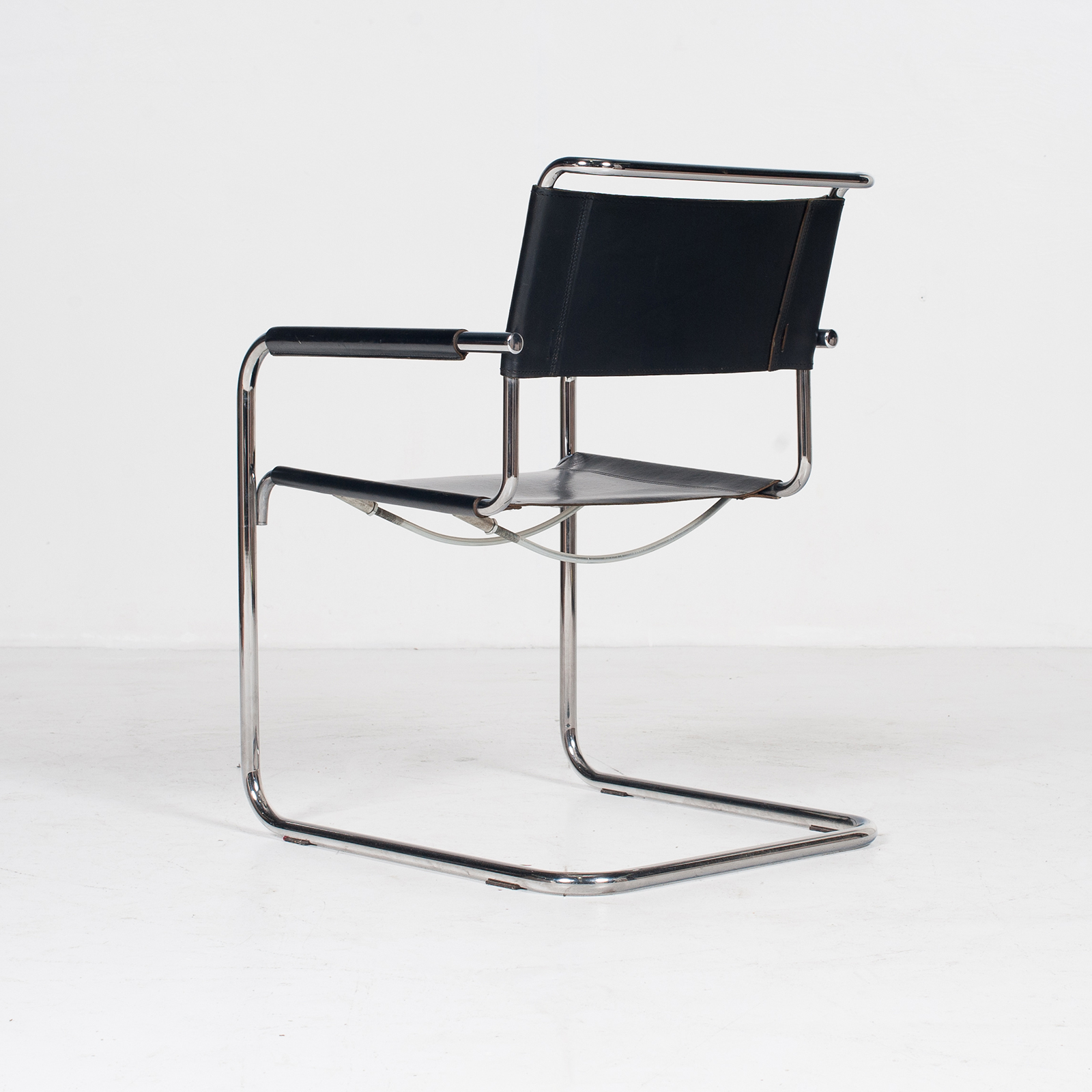 Set Of Four Cantilever Dining Chairs In Black Leather And Chrome By Mart Stam For Thonet, 1970s, The Netherlands 403