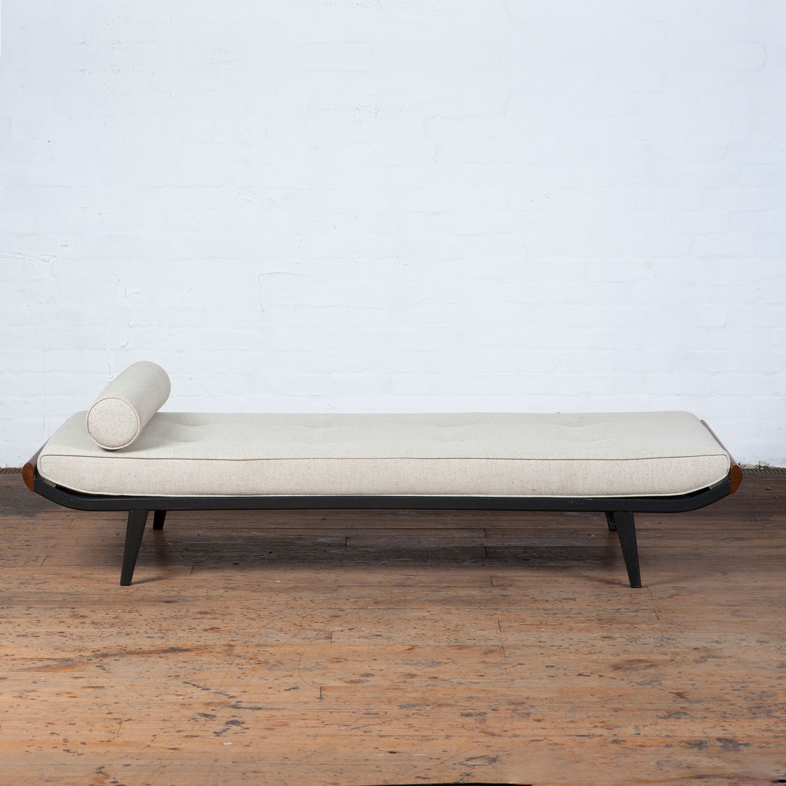 Cleopatra Daybed By Andre Cordemeyer For Auping With Gunmetal Frame, 1950s, The Netherlands Hero