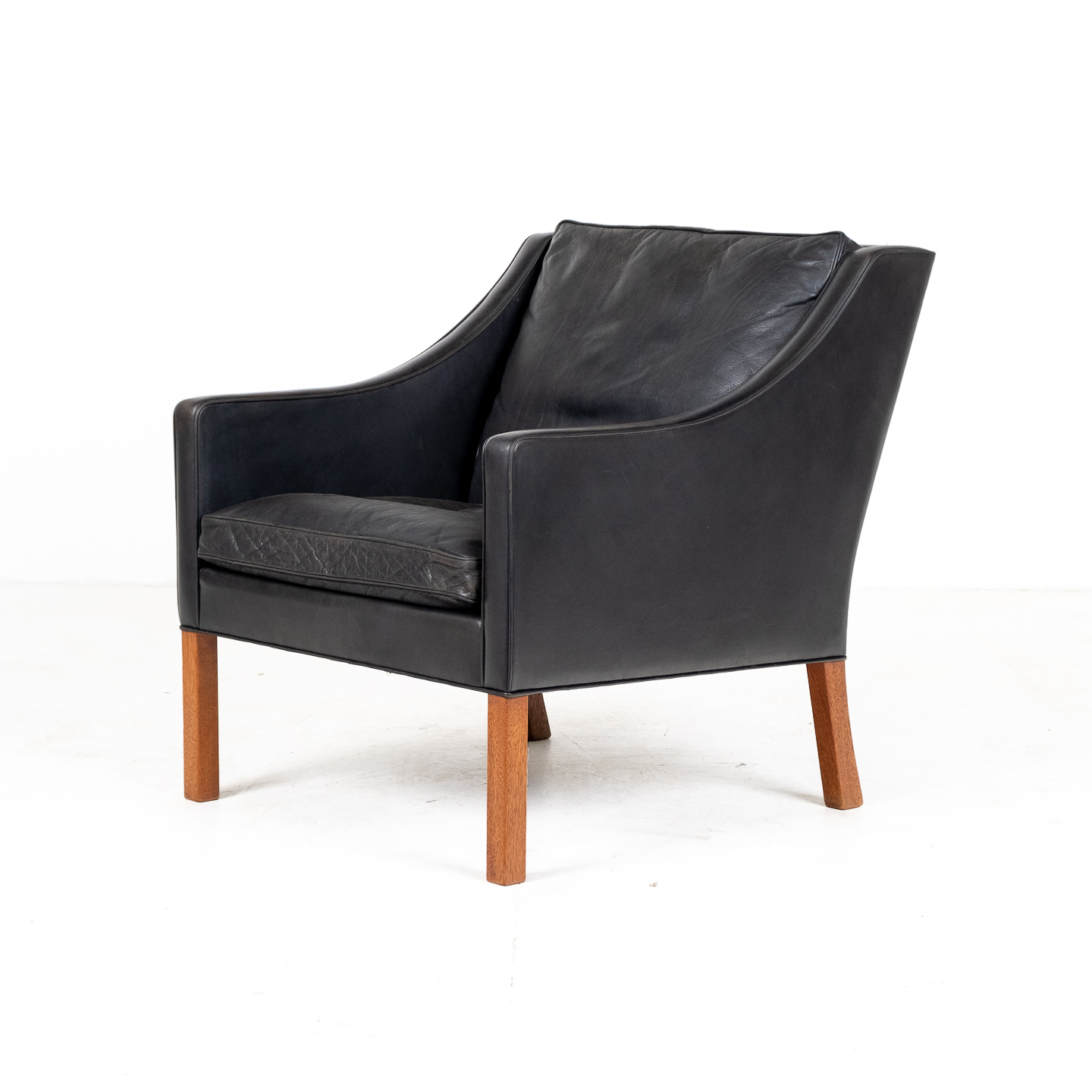 Model 2207 Armchair With Footstool Designed By Borge Mogensen For Fredericia Mobelfabrik In Black Leather, 1960s, Denmark 0000005