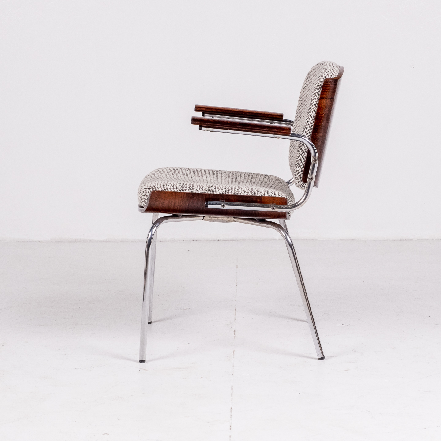 Set Of 4 Dining Chairs By Duba Mobelindustri In Rosewood, Chrome And New Kvadrat Upholstery, 1970s, Denmark 84