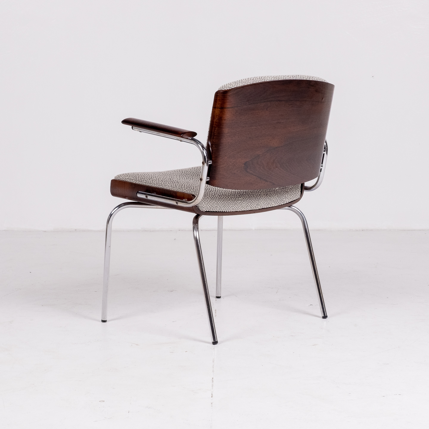Set Of 4 Dining Chairs By Duba Mobelindustri In Rosewood, Chrome And New Kvadrat Upholstery, 1970s, Denmark 85