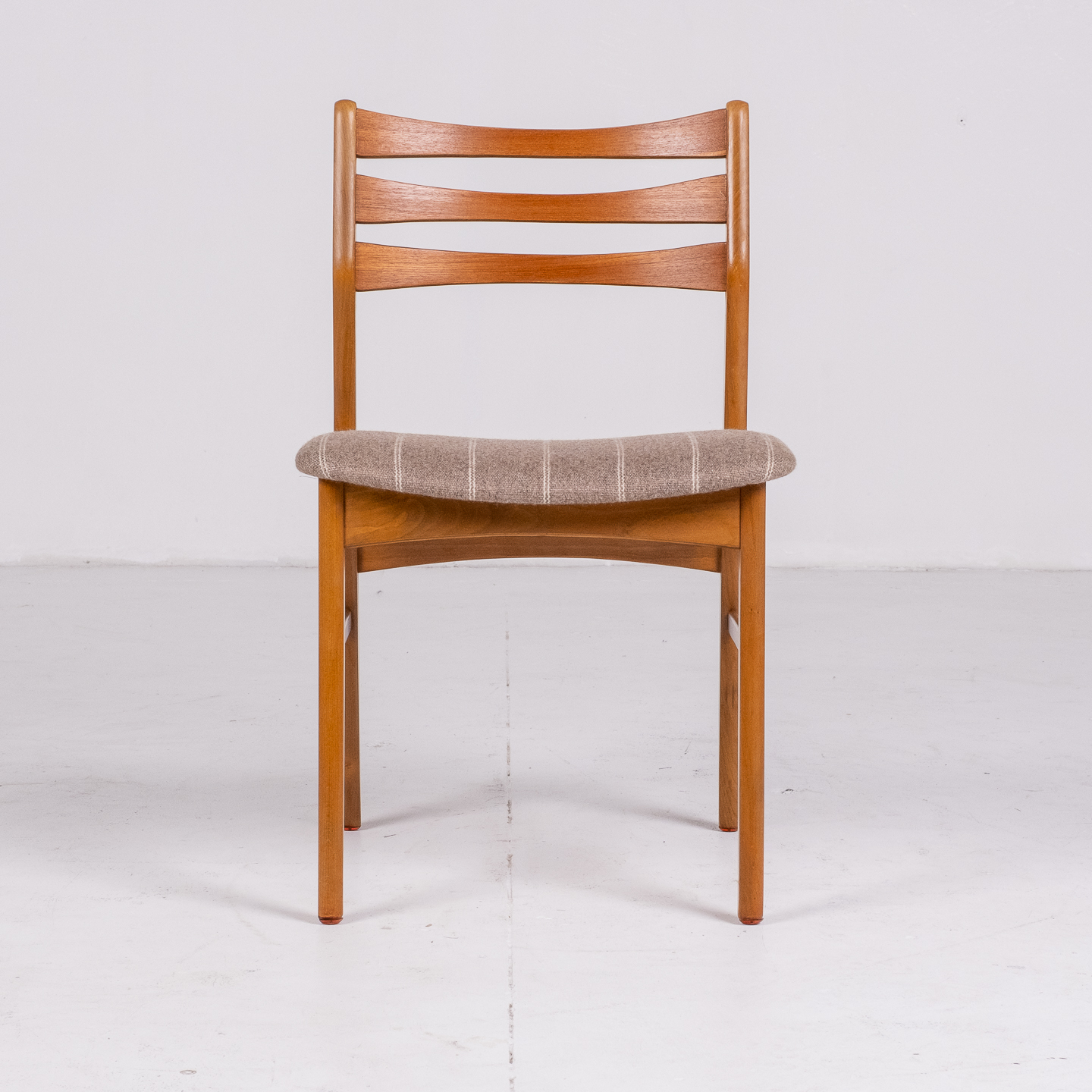 Set Of Four Ladder Back Dining Chairs By Farstrup, 1960s, Denmark 76
