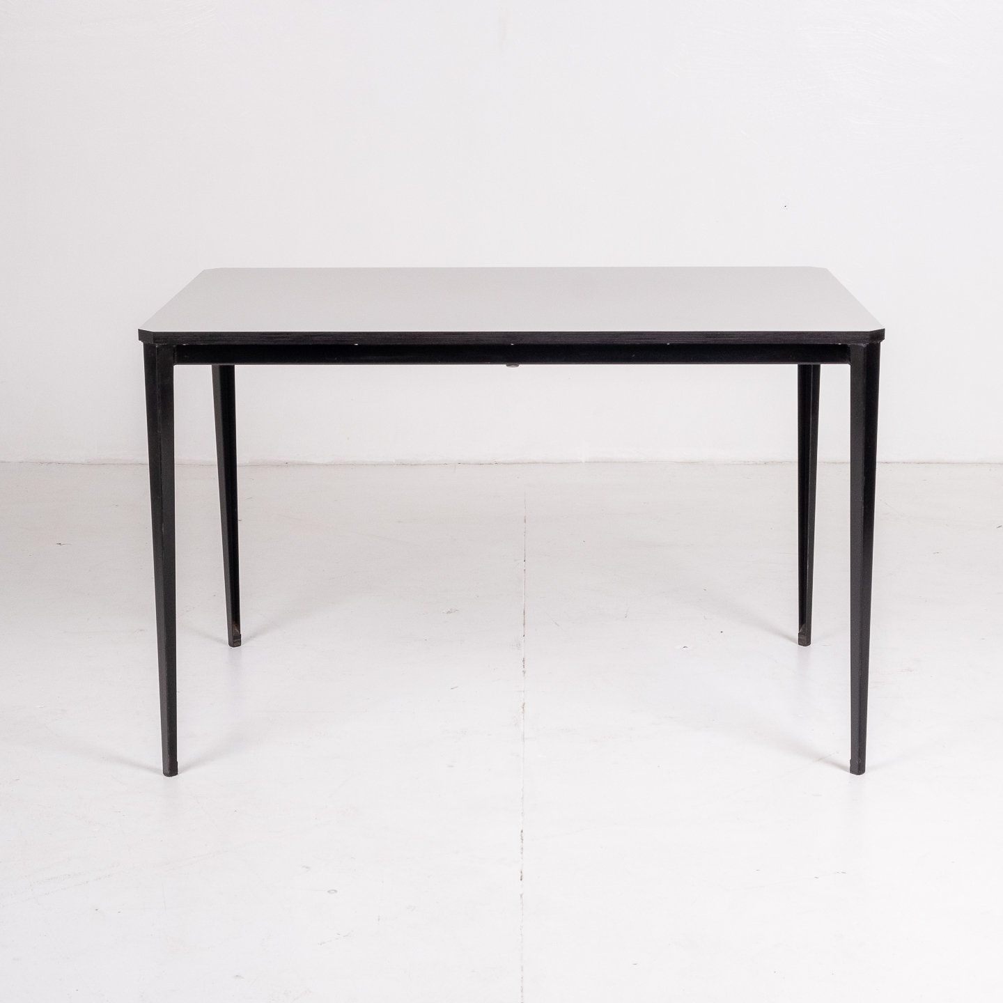 Recent Table By Wim Rietveld For Ahrend De Cirkel With Black Steel Base, 1960s, The Netherlands53