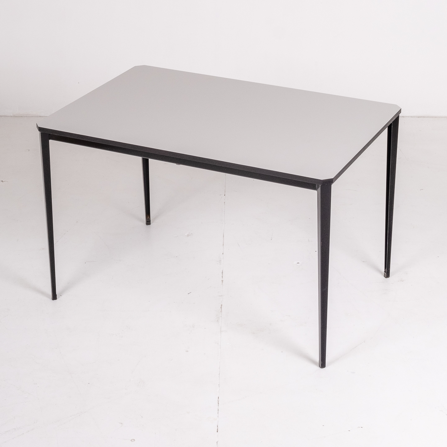 Recent Table By Wim Rietveld For Ahrend De Cirkel With Black Steel Base, 1960s, The Netherlands55