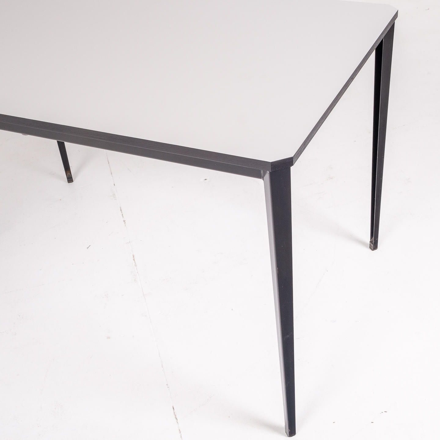 Recent Table By Wim Rietveld For Ahrend De Cirkel With Black Steel Base, 1960s, The Netherlands61