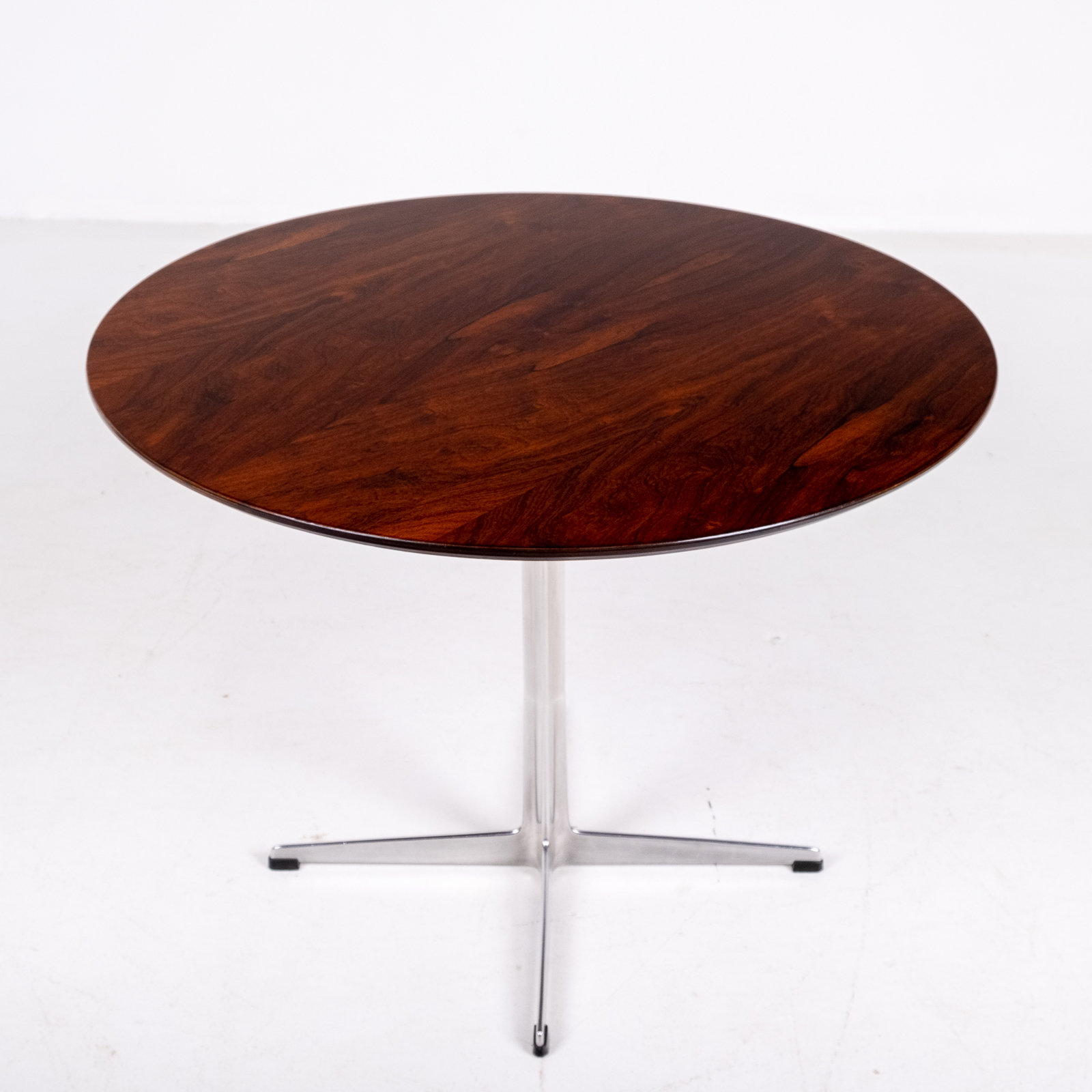 Cafe Table By Arne Jacobsen With Rosewood Top And Steel Pedestal Base, 1960s, Denmark 05