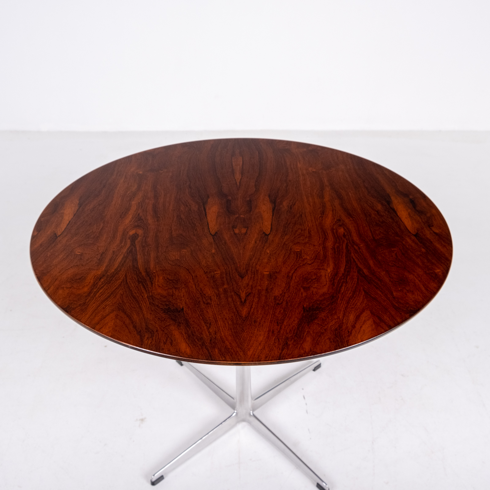 Cafe Table By Arne Jacobsen With Rosewood Top And Steel Pedestal Base, 1960s, Denmark 08