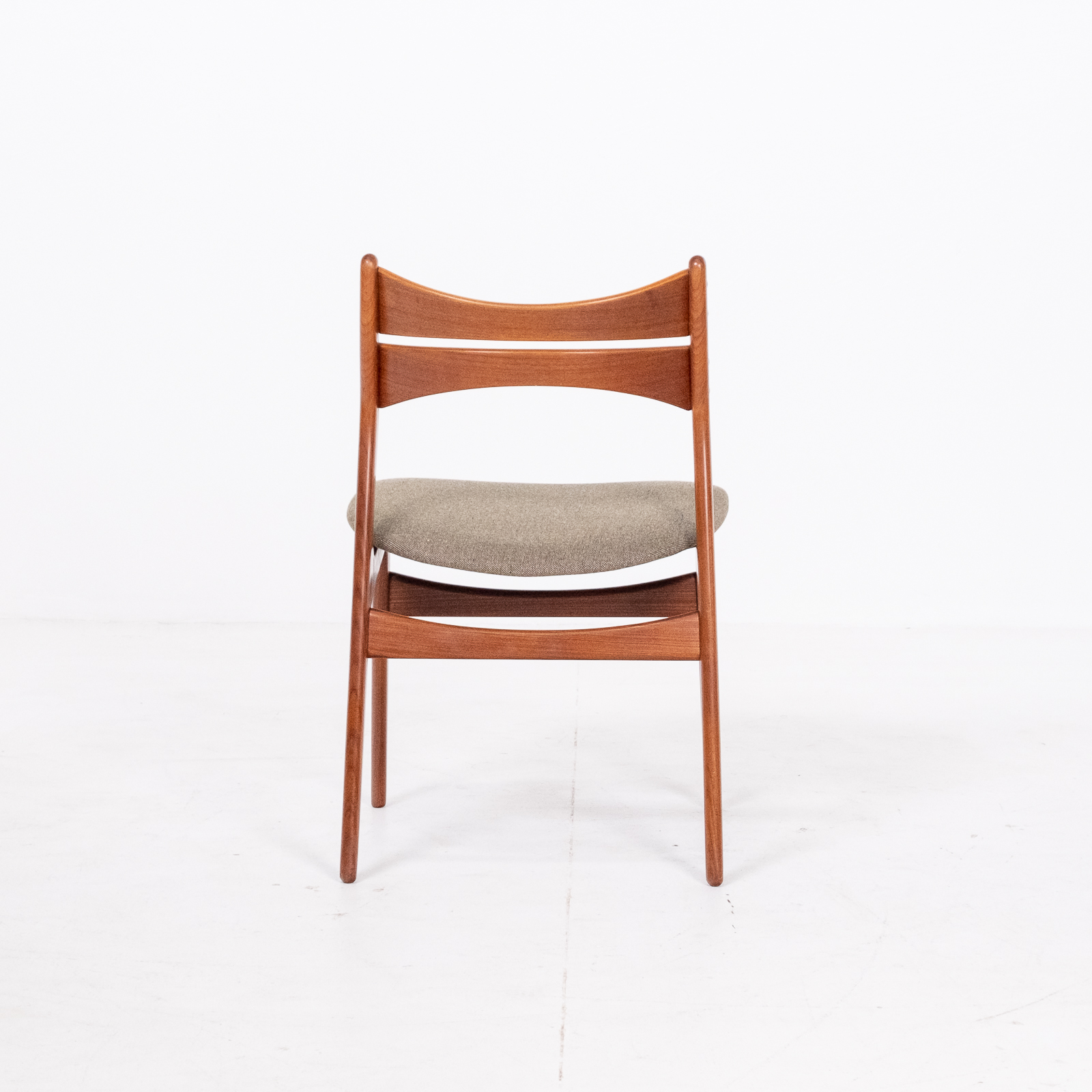 Set Of 2 Model 130 Dining Chairs By Erik Buch For Christian Christensens Mobelfabrik In New Instyle Upholstery And Teak, 1960s, Denmark 05
