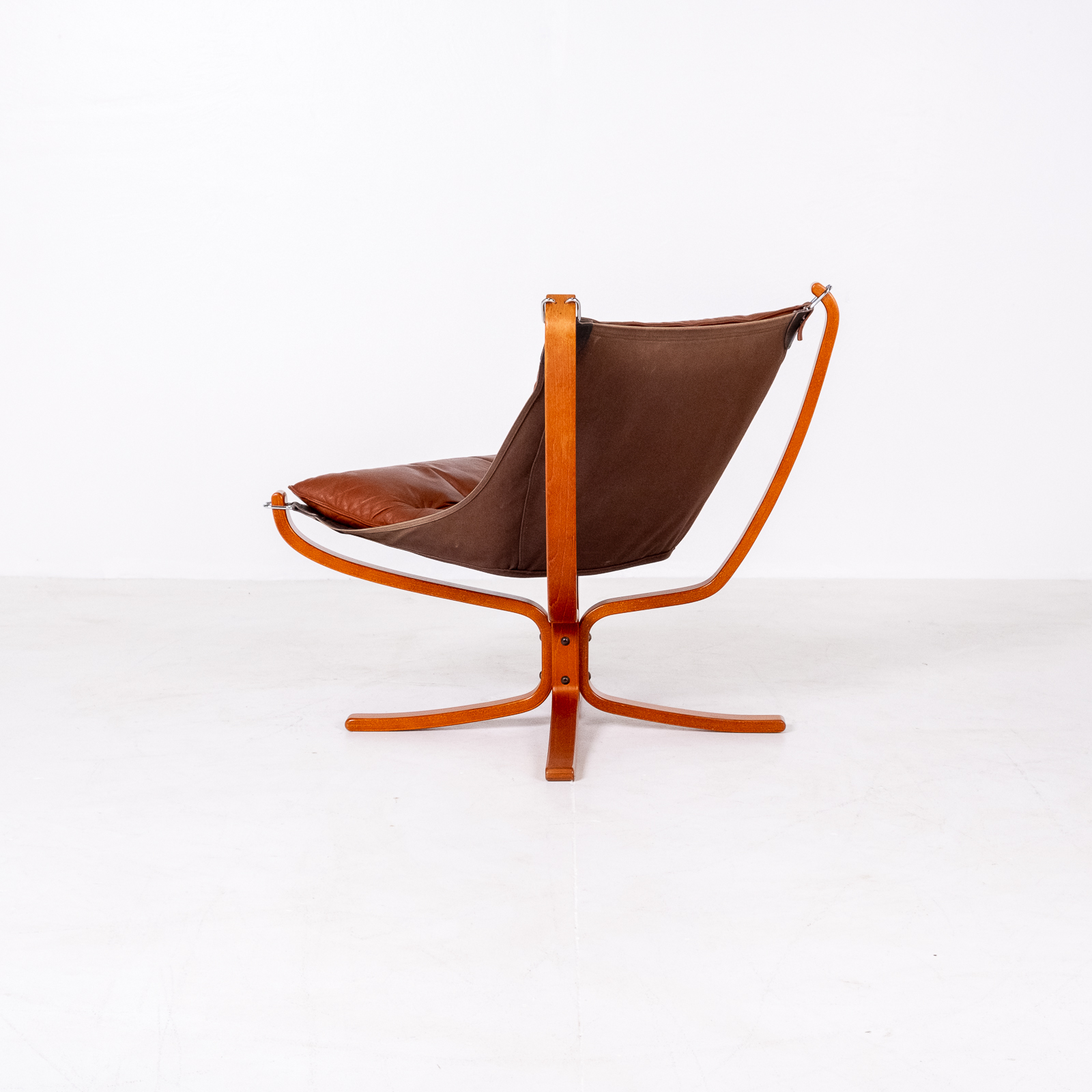 Low Back Falcon Armchair In Tan Leather By Sigurd Ressell For Vatne Mobler, 1971, Norway 03