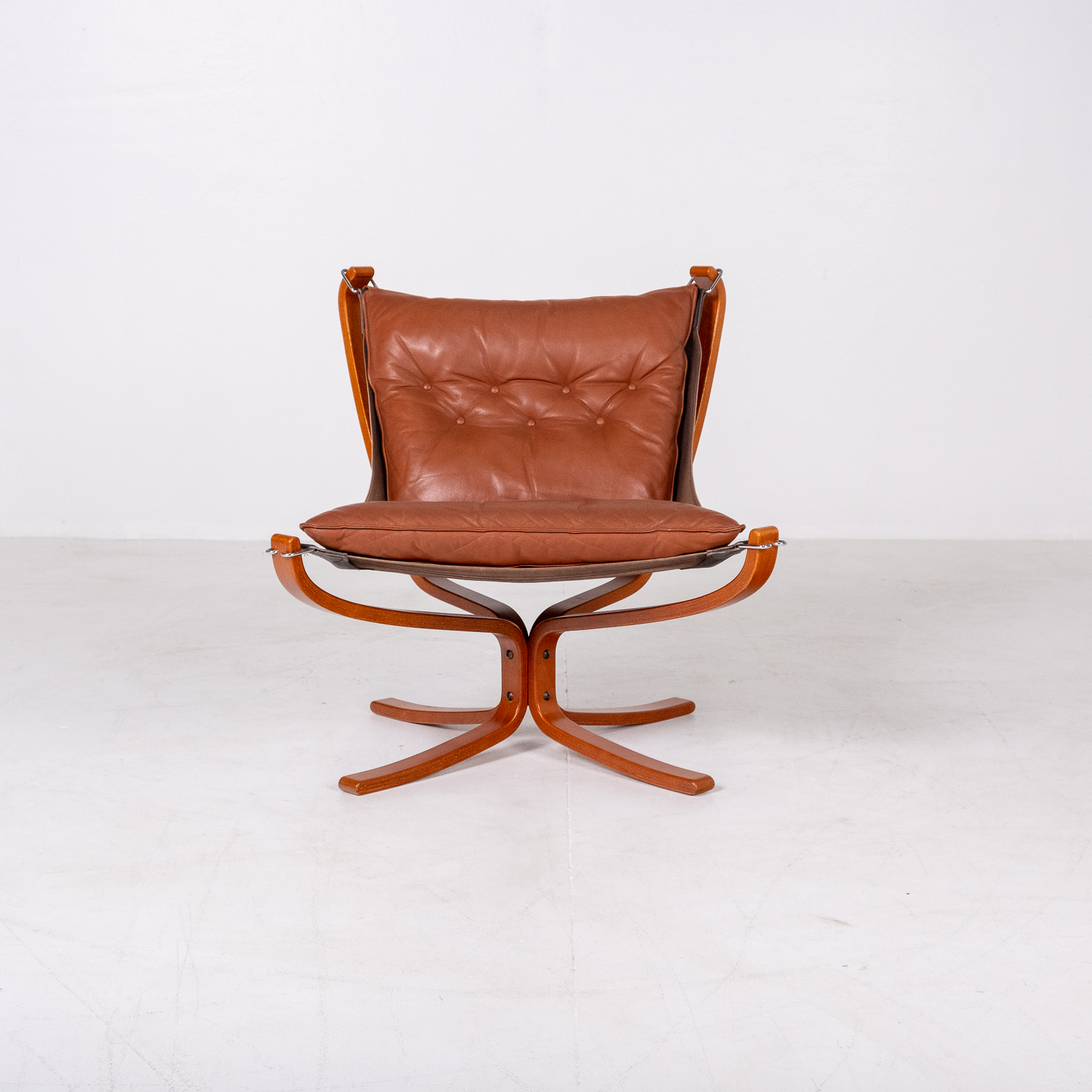 Low Back Falcon Armchair In Tan Leather By Sigurd Ressell For Vatne Mobler, 1971, Norway 06