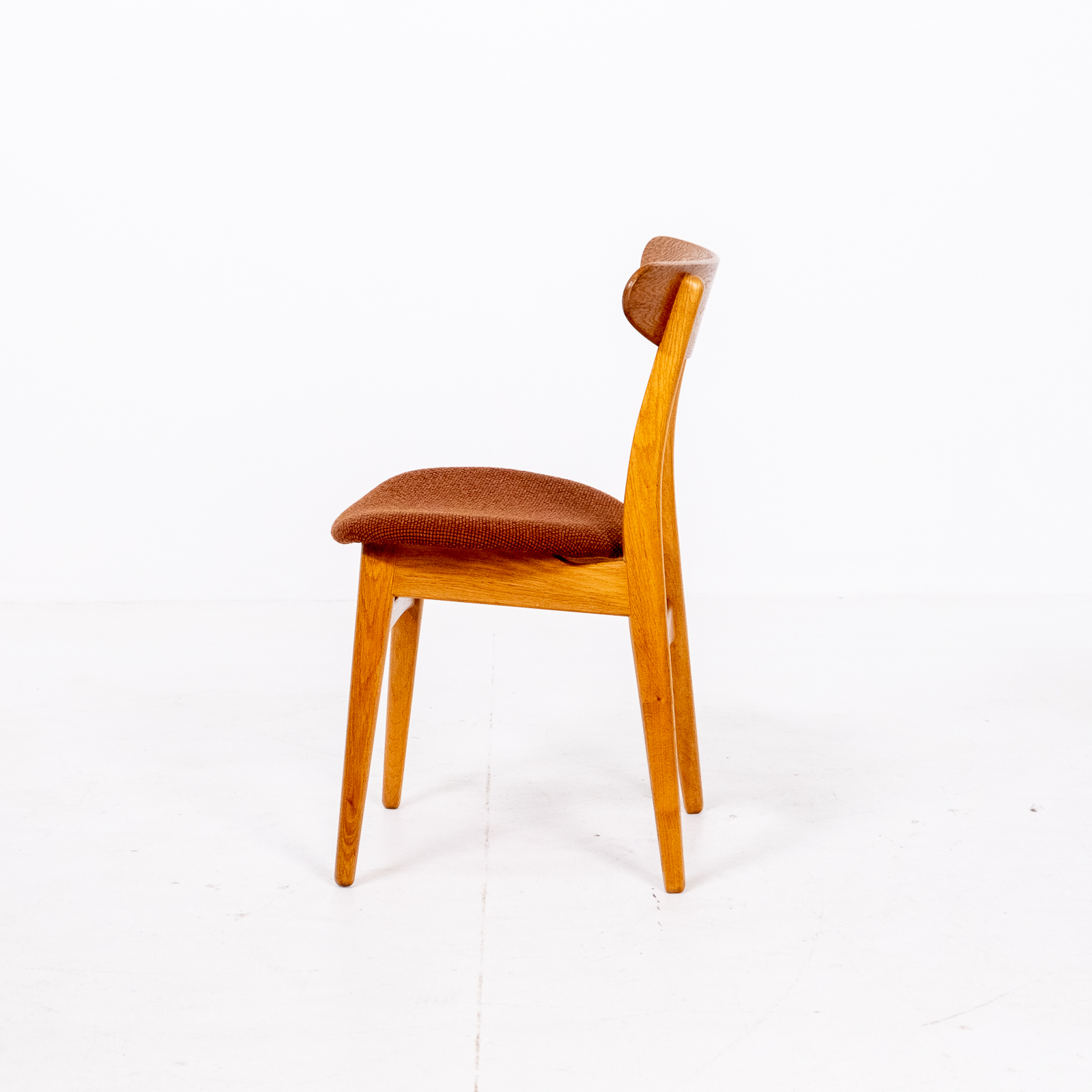 Set Of 4 Ch 30 Dining Chairs By Hans Wegner For Carl Hansen And Son In Oak And Kvadart Upholstery, 1950s, Denmark 06