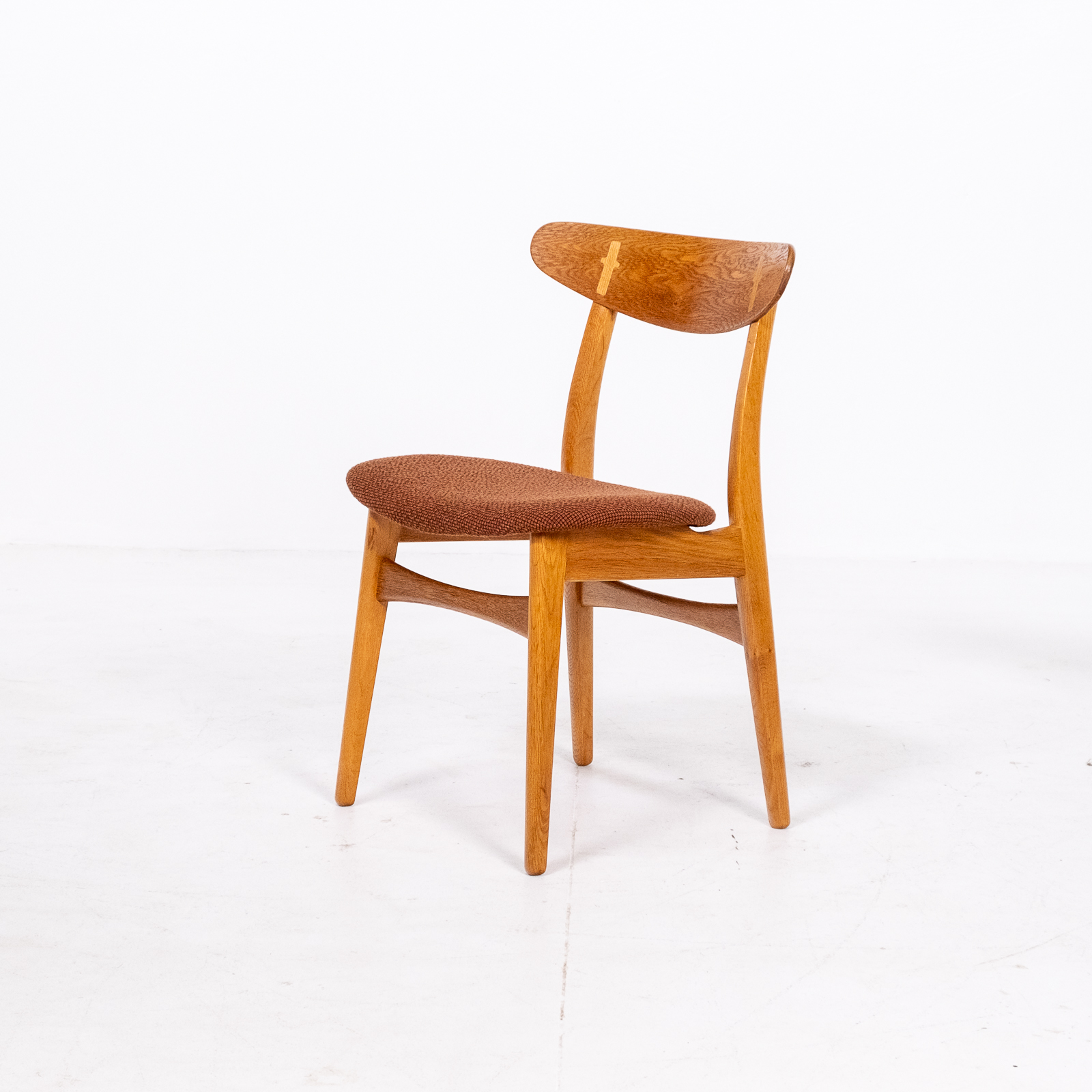Set Of 4 Ch 30 Dining Chairs By Hans Wegner For Carl Hansen And Son In Oak And Kvadart Upholstery, 1950s, Denmark 07