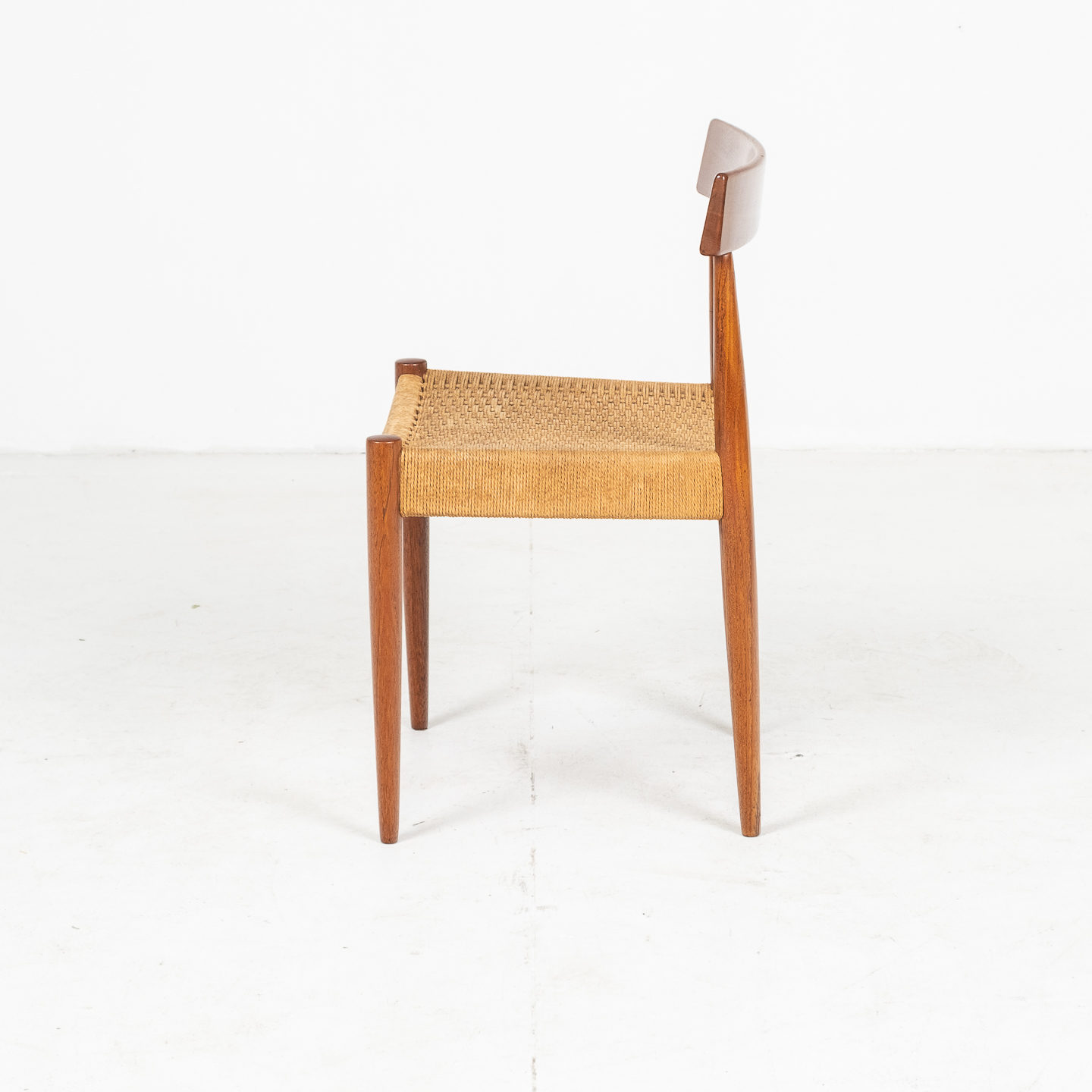 Set Of Four Dining Chairs In Teak And Danish Cord By Mk Danish, 1950s, Denmark 04