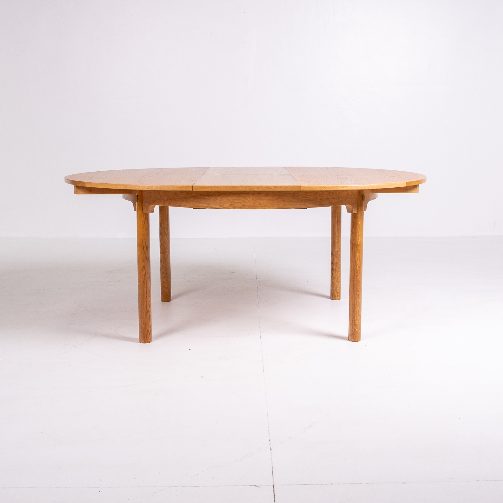 Round 140 Dining Table By Borge Mogensen For Karl Andersson & Söner In Oak With Butterfly Extensions, 1960s, Denmark75