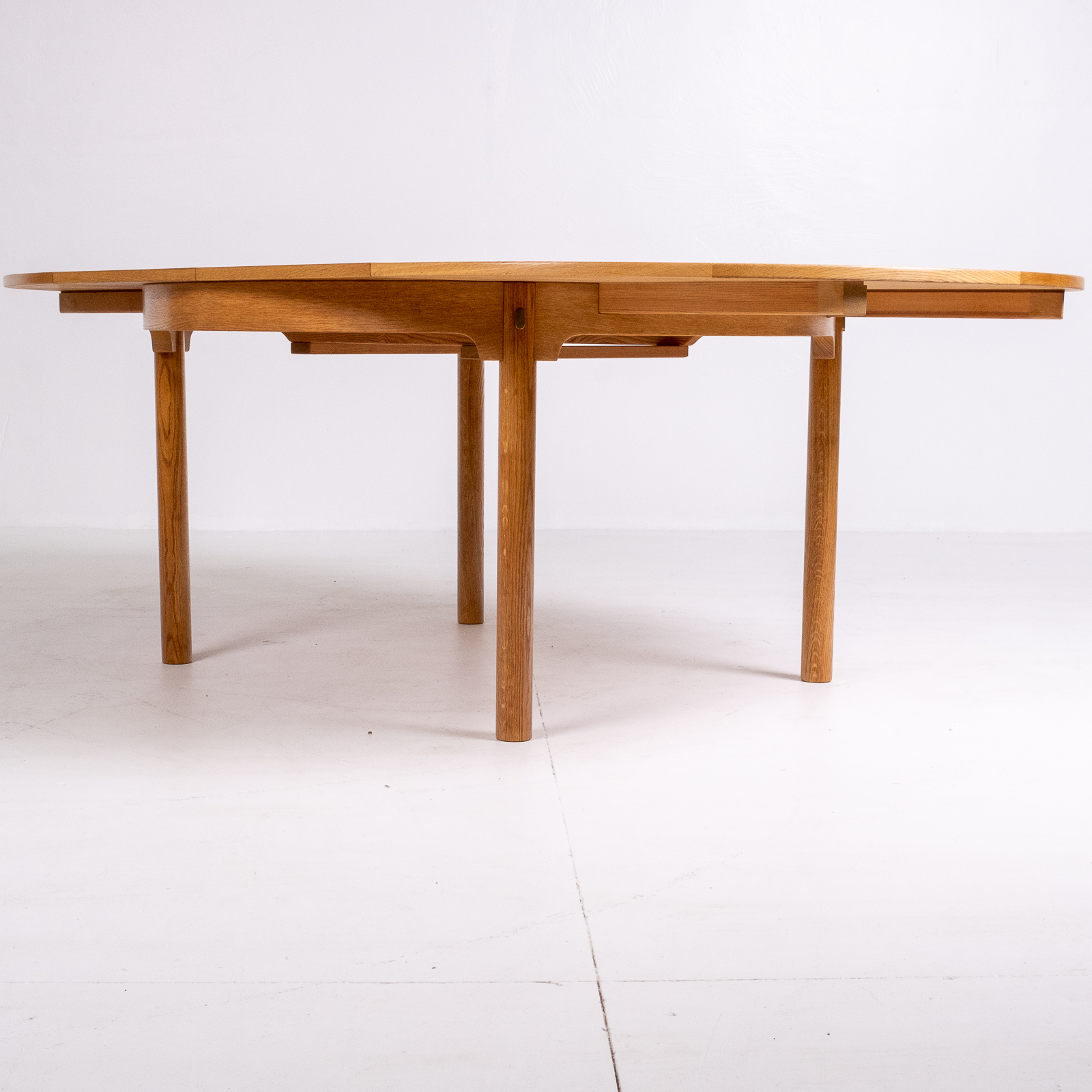 Round 140 Dining Table By Borge Mogensen For Karl Andersson & Söner In Oak With Butterfly Extensions, 1960s, Denmark78