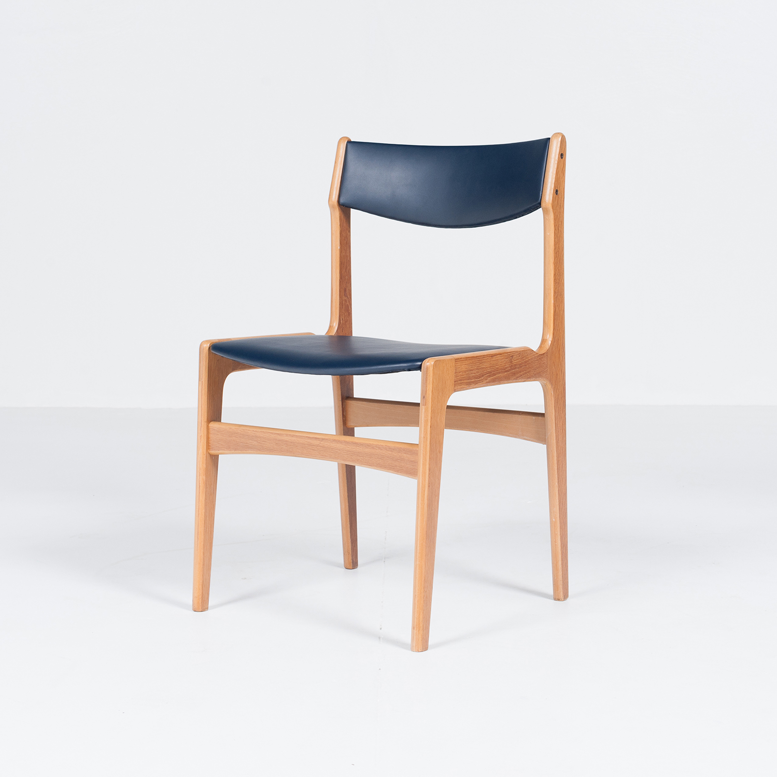 Set Of 6 Dining Chairs By Henning Kjaernulf, 1960s, Denmark3