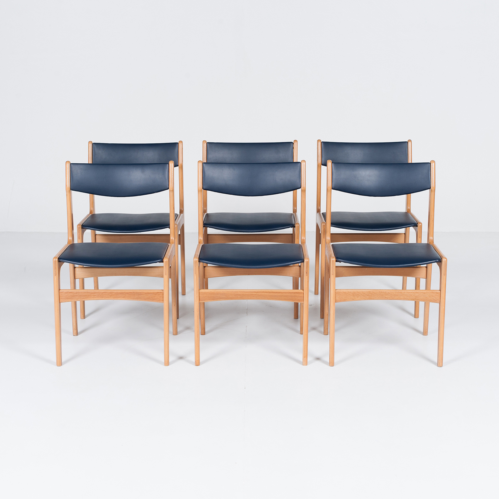 Set Of 6 Dining Chairs By Henning Kjaernulf, 1960s, Denmark9